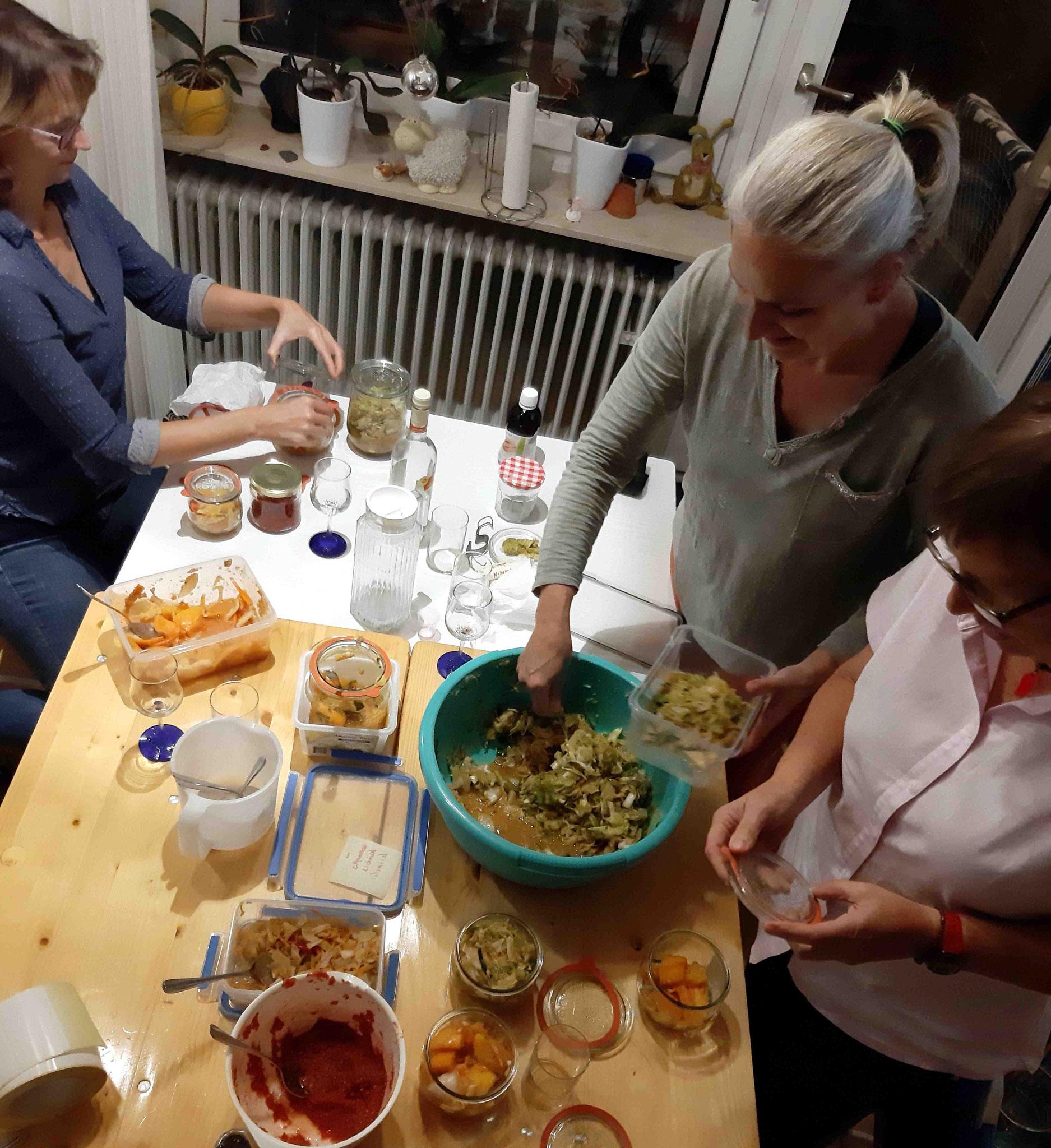 ... und jeder darf sich Kimchi und Tomaten-Salsa mitnehmen!