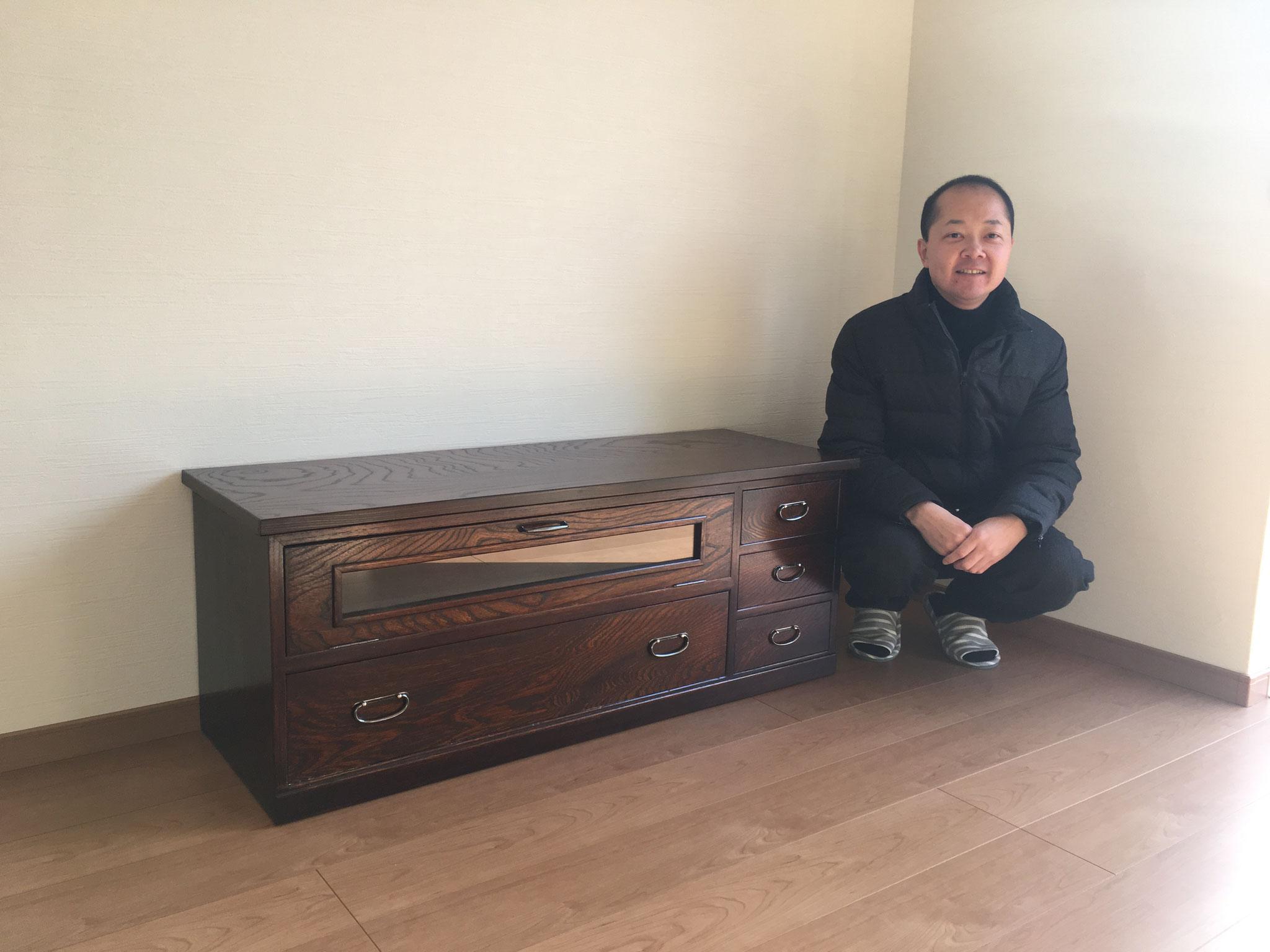 八百津町より桐たんすのリフォーム依頼を受けテレビ台として納品してきました。