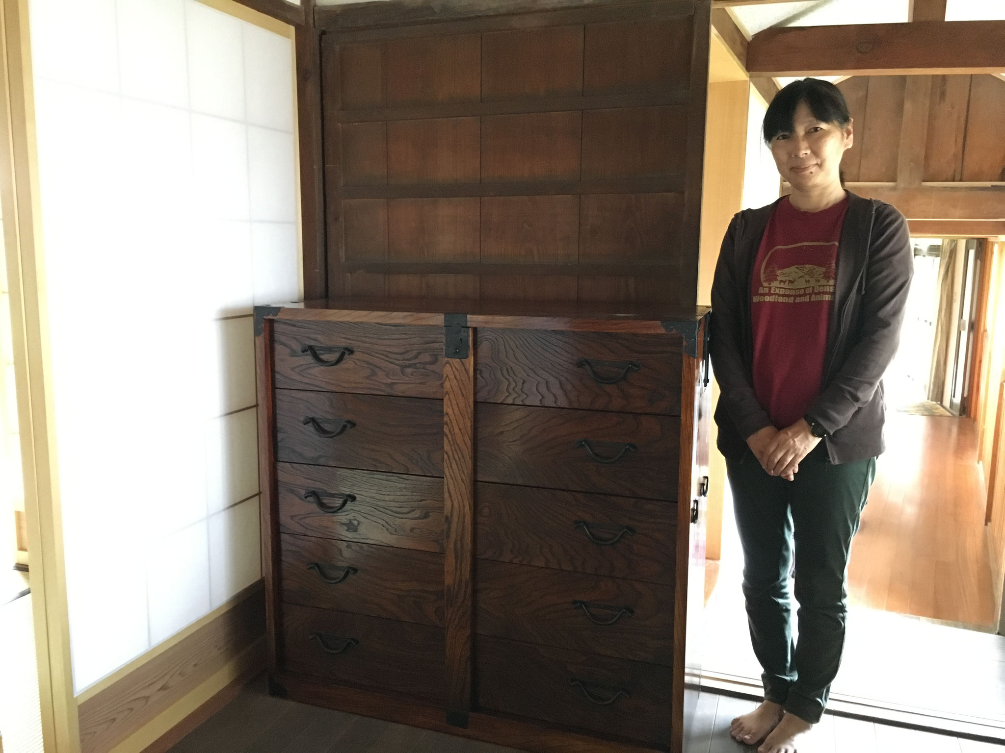海津市より修理依頼の時代箪笥の納品