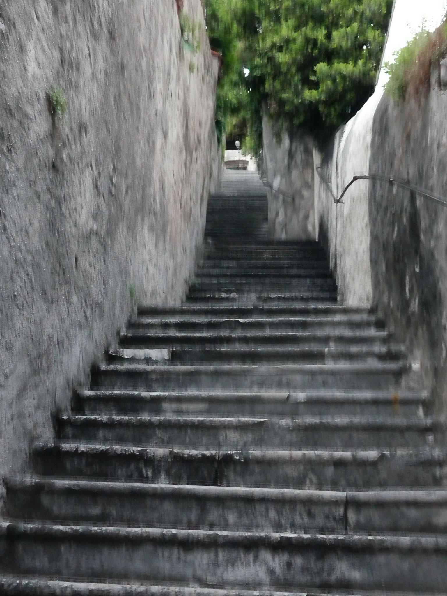 Stufen, Stufen, Stufen ..... überall Stufen