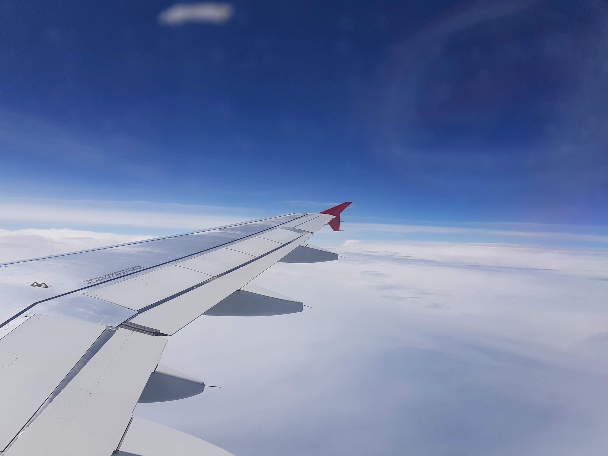 Ein gemütlicher Flug mit der Austrian Airlines. Wien Schwechat --> Dubrovnik erreicht man in ca. 1 1/2 Stunden