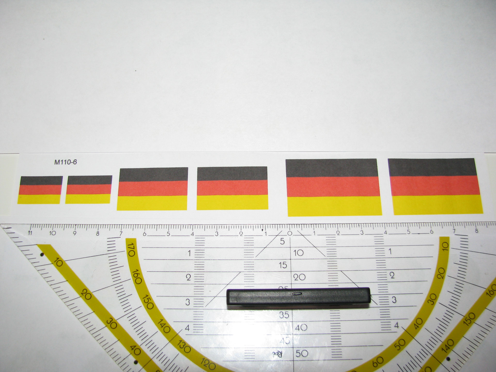 M110-6: BRD Flagge. 12 Decals. Max 40x25mm