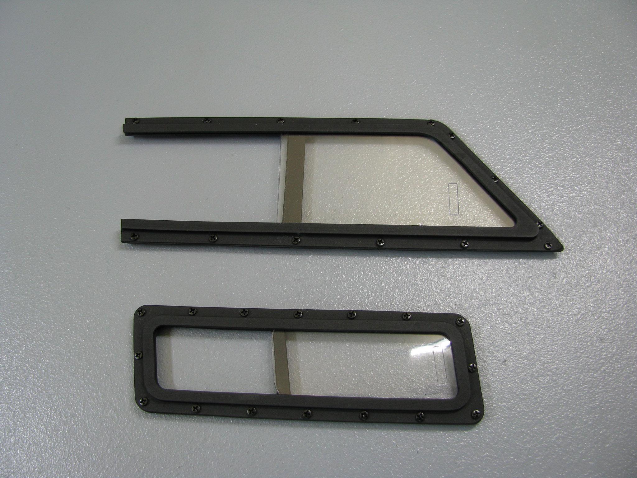 Funktionsfähige Schiebefenster für die ec135 in 1:6