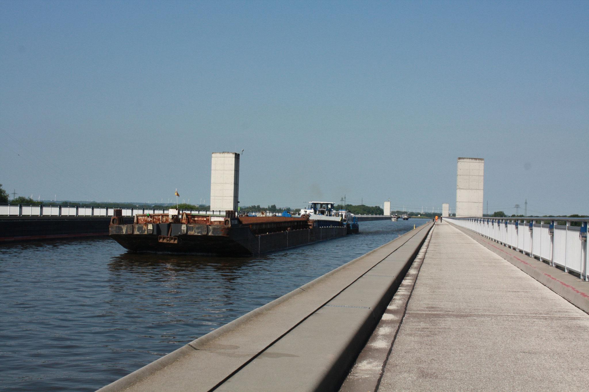 Водный мост в Магдебурге