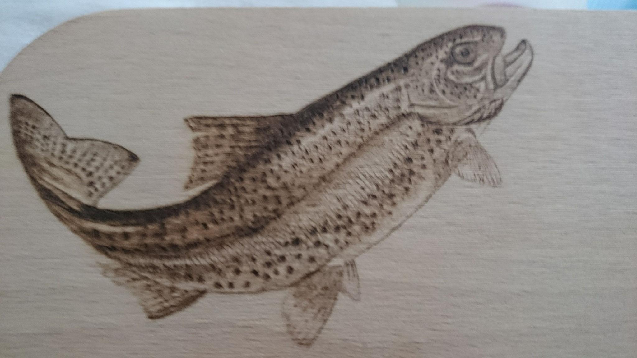 Angeln Brettchen Frühstück Vesper Brandmalerei Portrait Holz