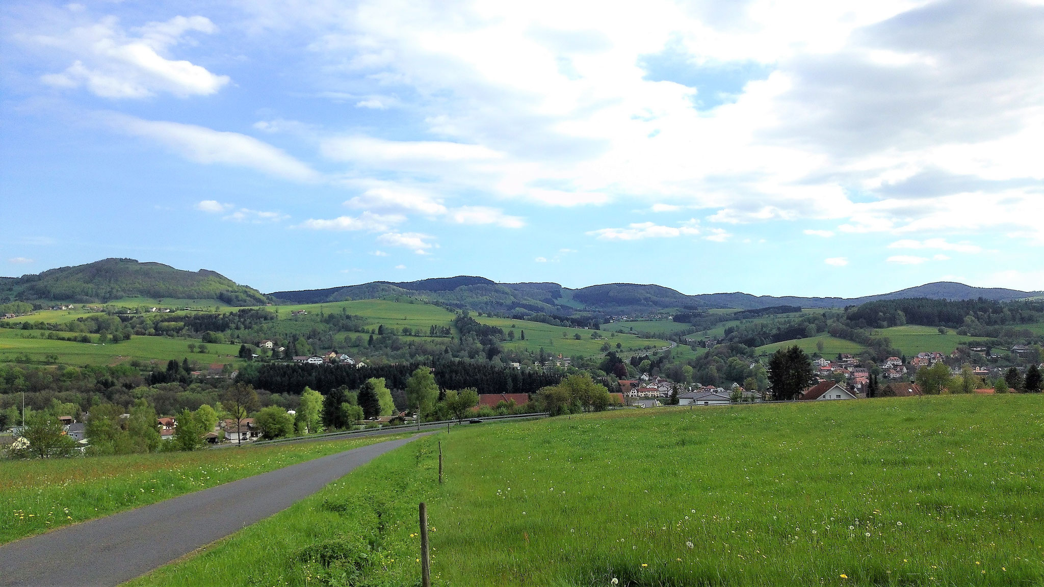 Blick über Gersfeld nach Rengersfeld