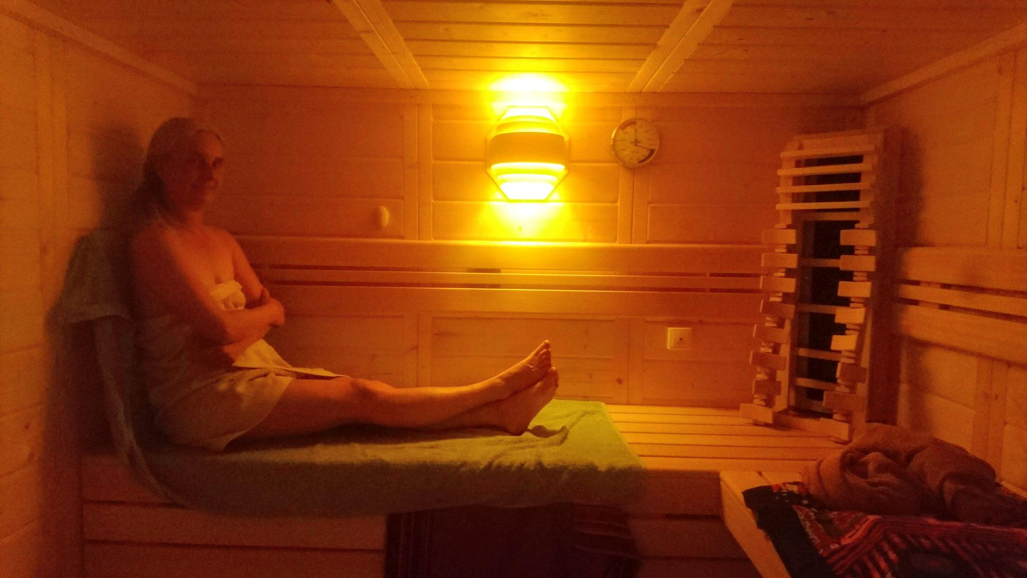 Die Blockbohlensauna bietet zahlreiche Saunavarianten