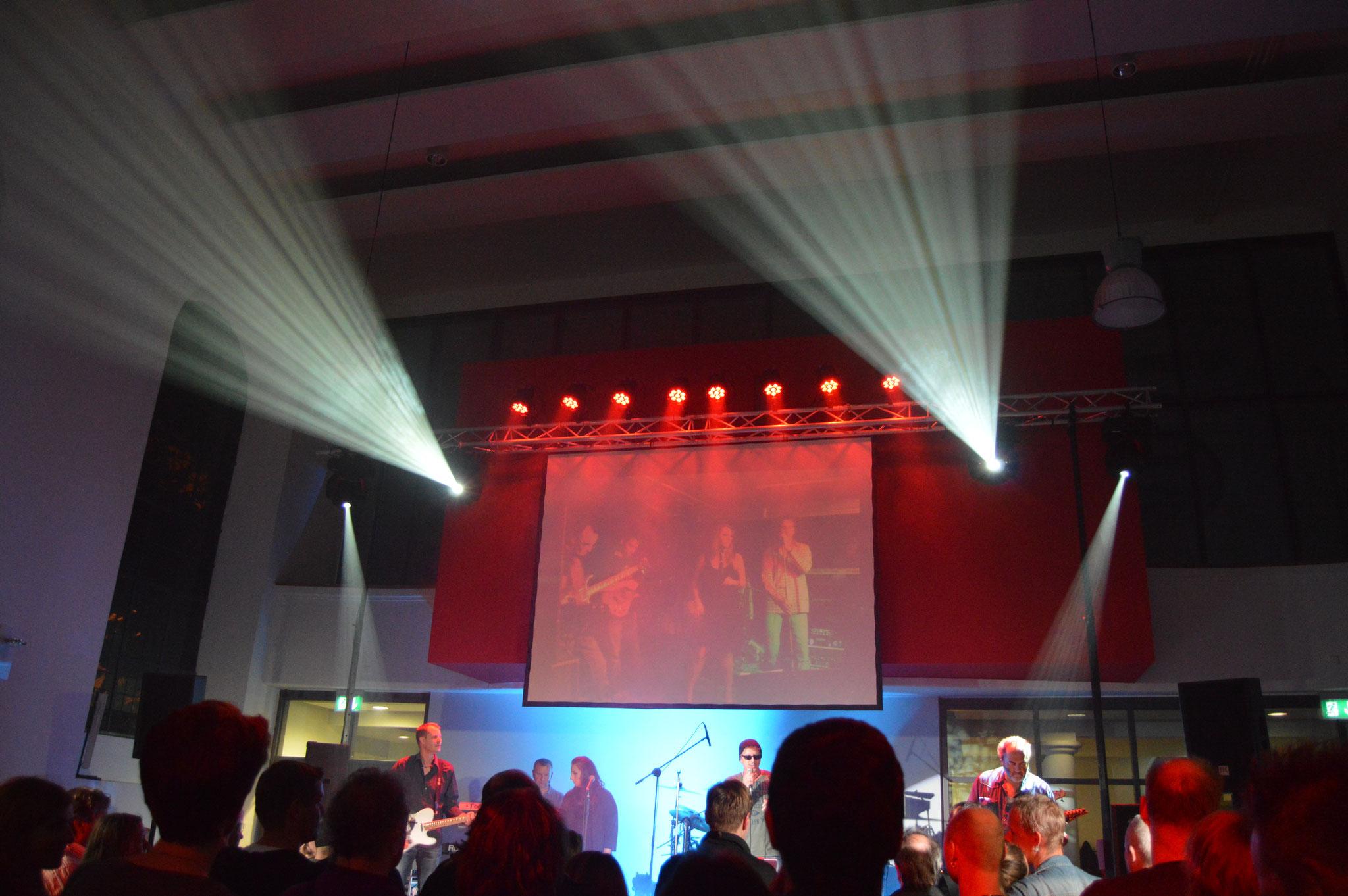 Groove Fabrik Farewell Rock-Konzert - Licht- und Medientechnik