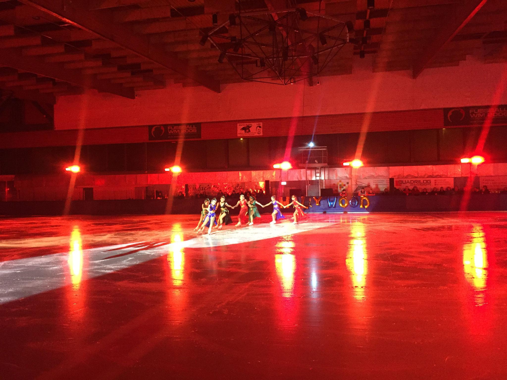 39. Weihnachtszauber Eiskunstlauf 2019 - Lichttechnik