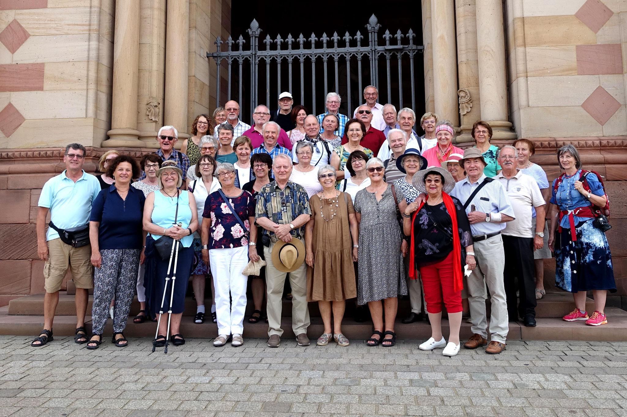 29.07.2018 - vor dem Dom zu Speyer beim Chorausflug nach Neustadt an der Weinstraße