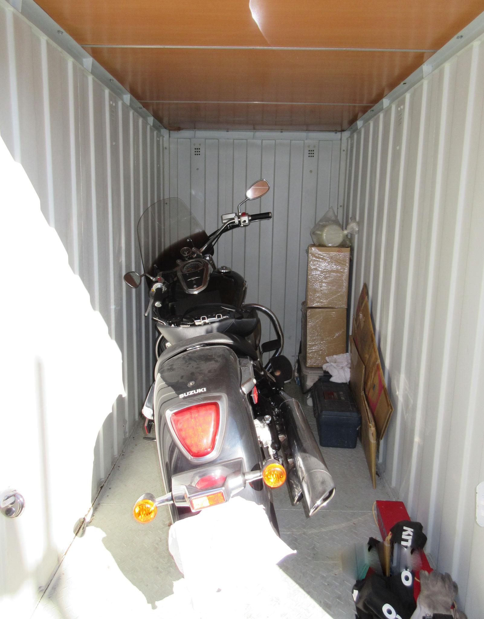 バイク専用ボックス 収納例2