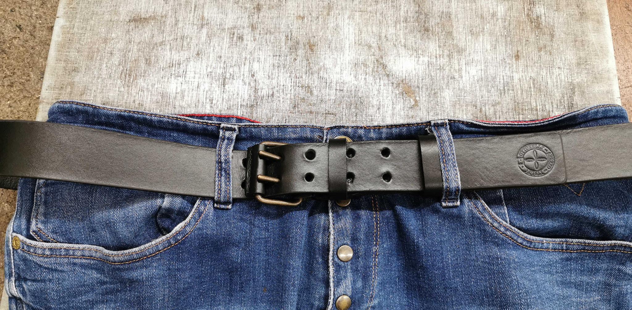 cintura in cuoio nera