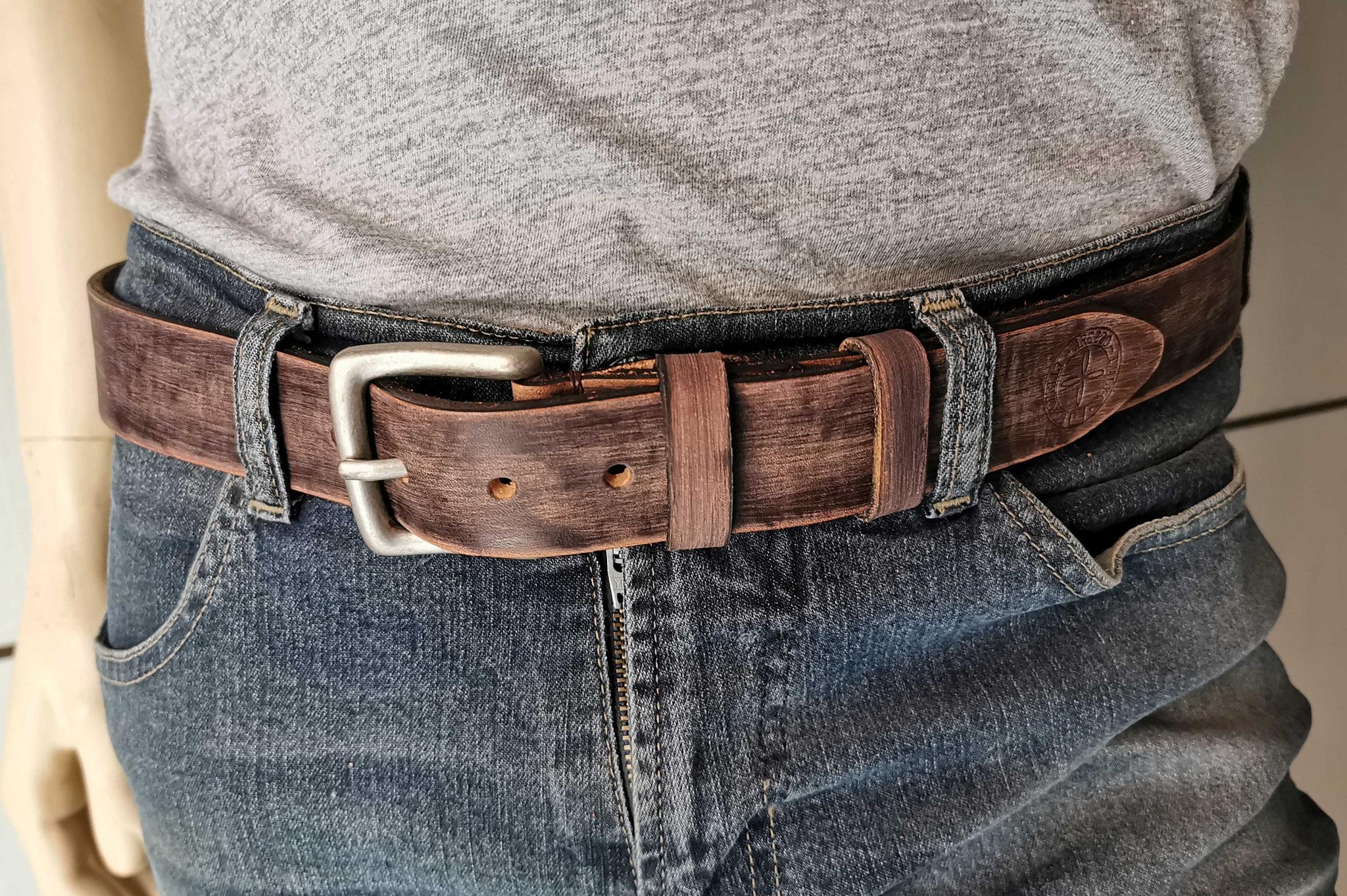 cintura in cuoio marrone