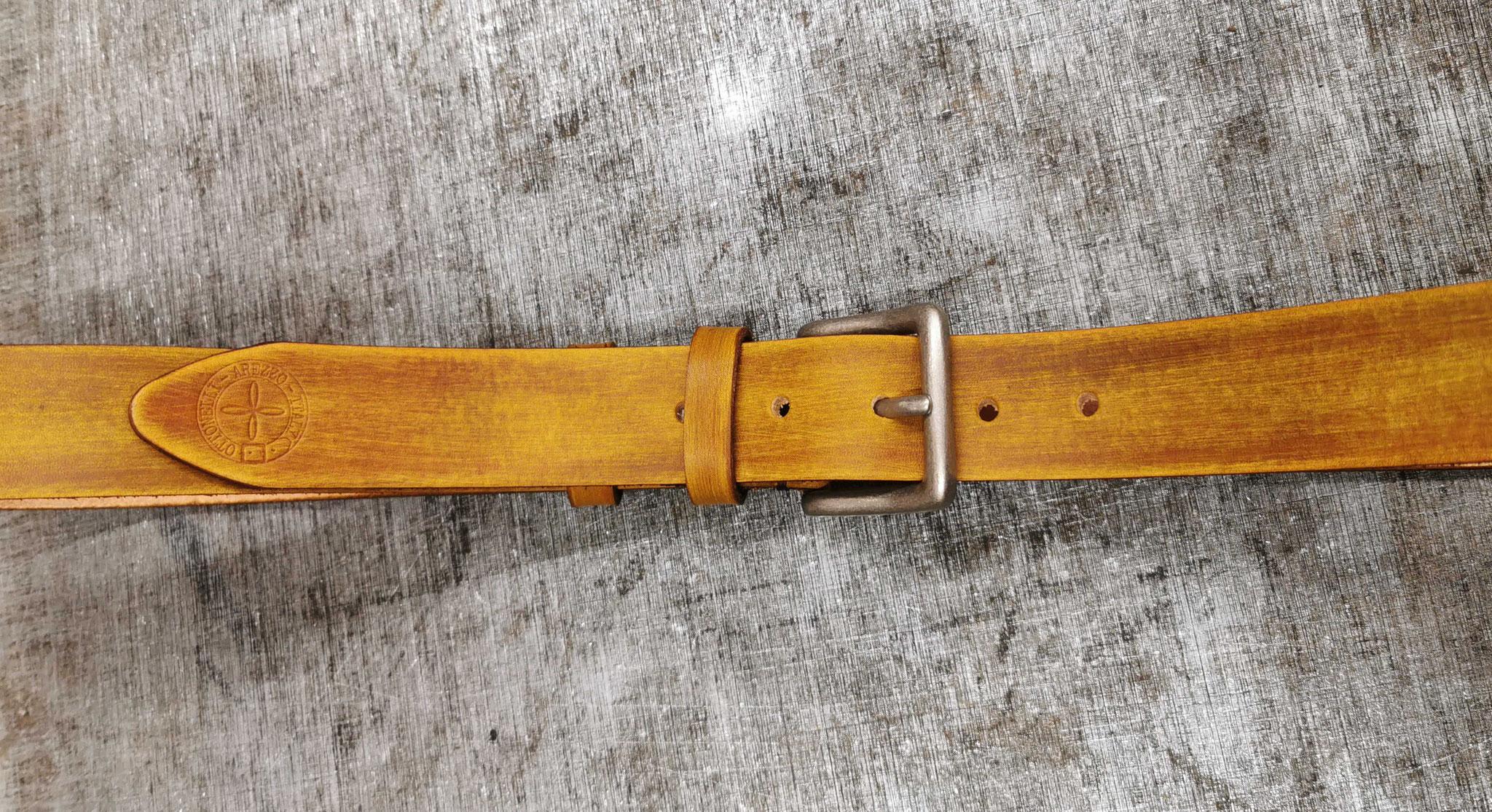 cintura in cuoio marrone chiaro