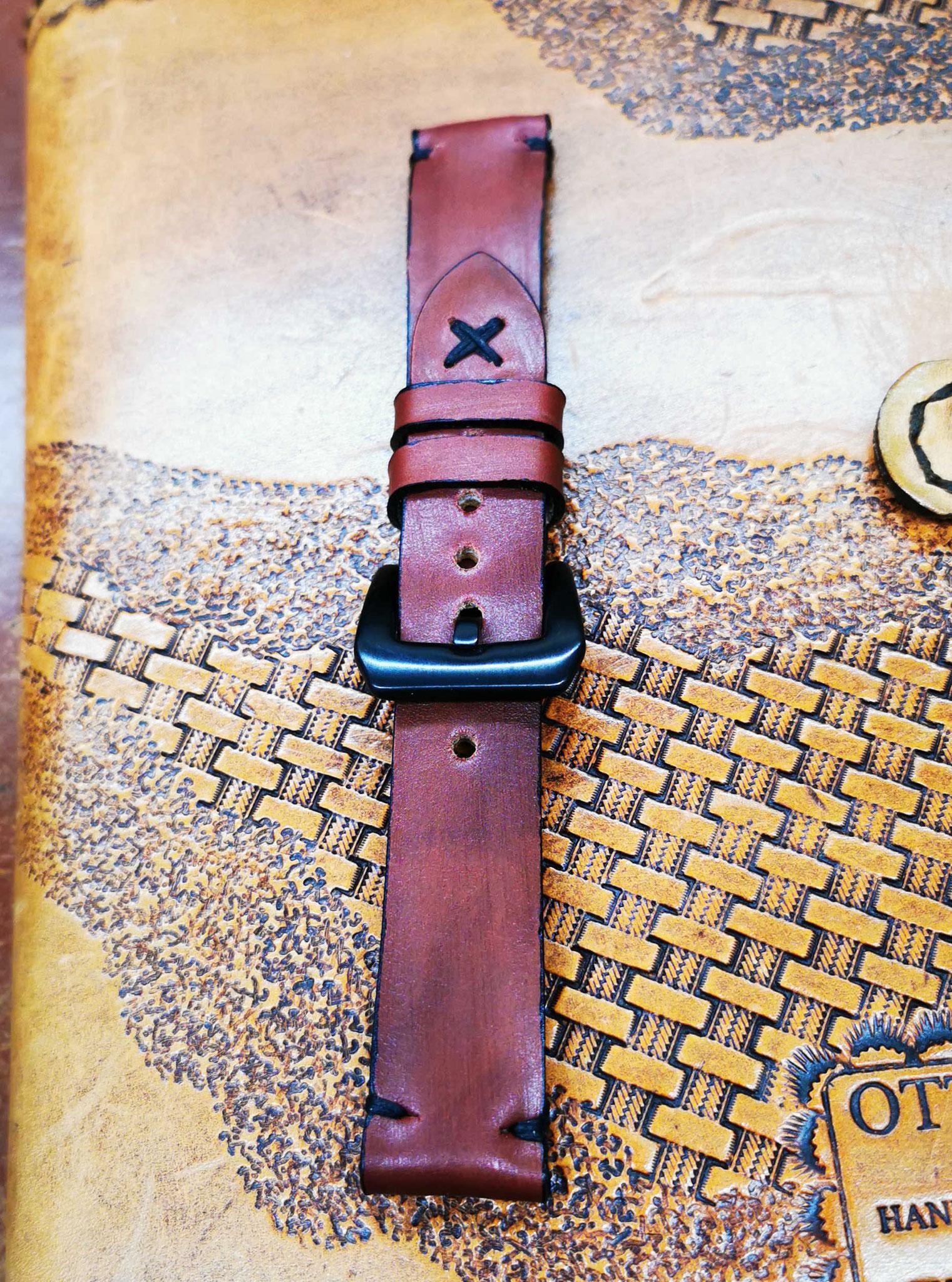 cinturino rosso vintage