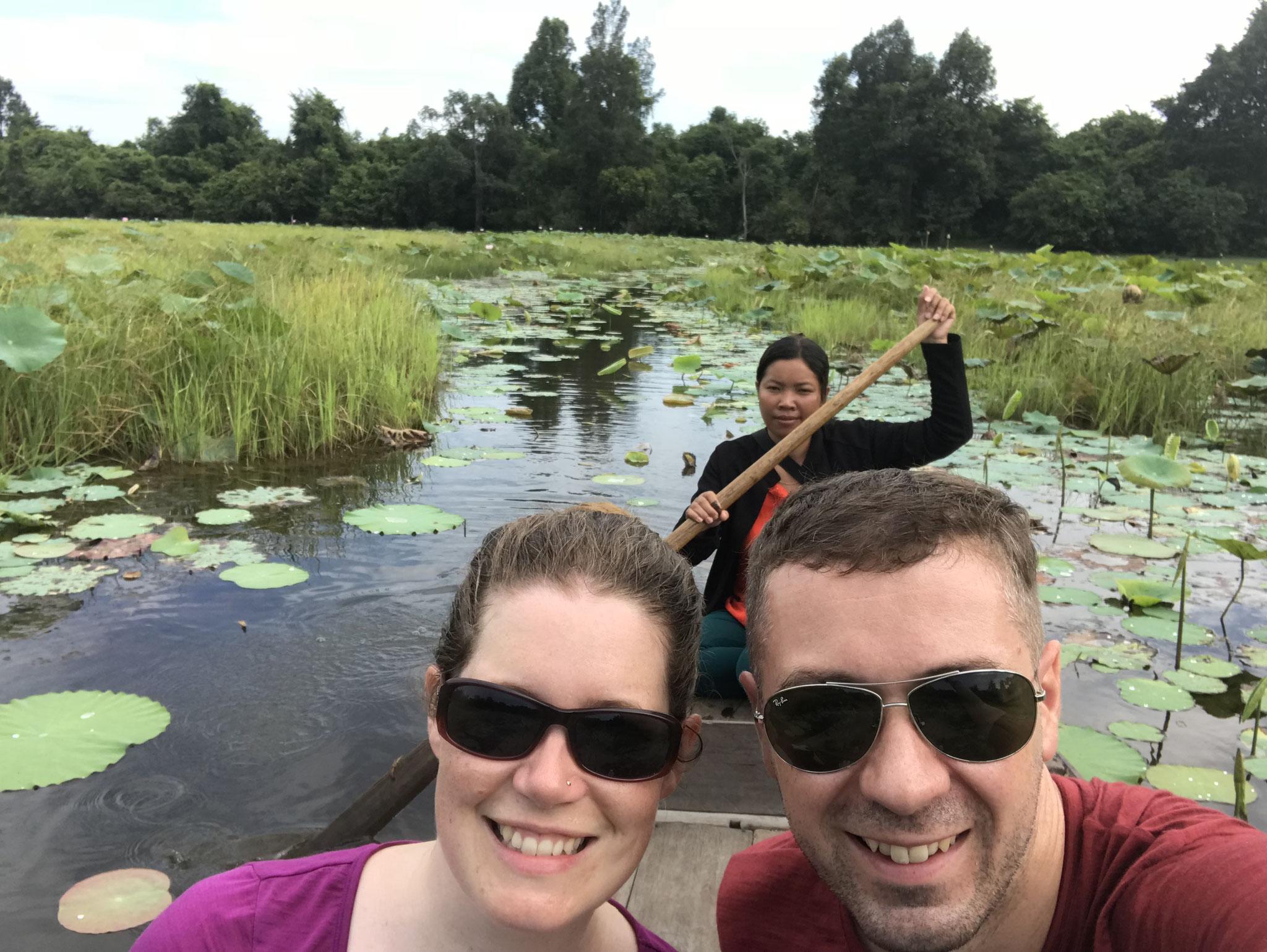 Bootsfahrt auf dem Lotus Teich beim Banteay Srey