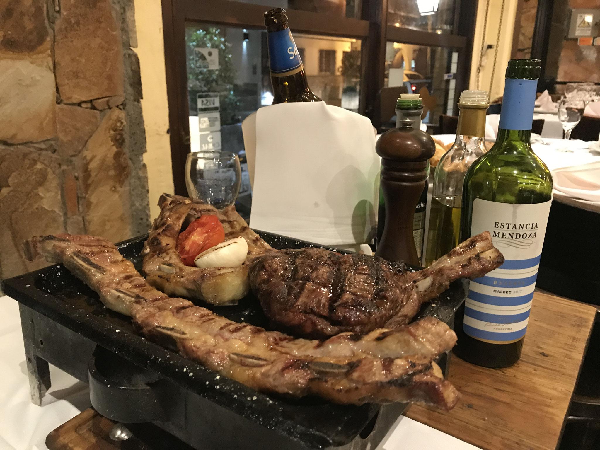 Fleisch mit Fleisch mit Fleisch