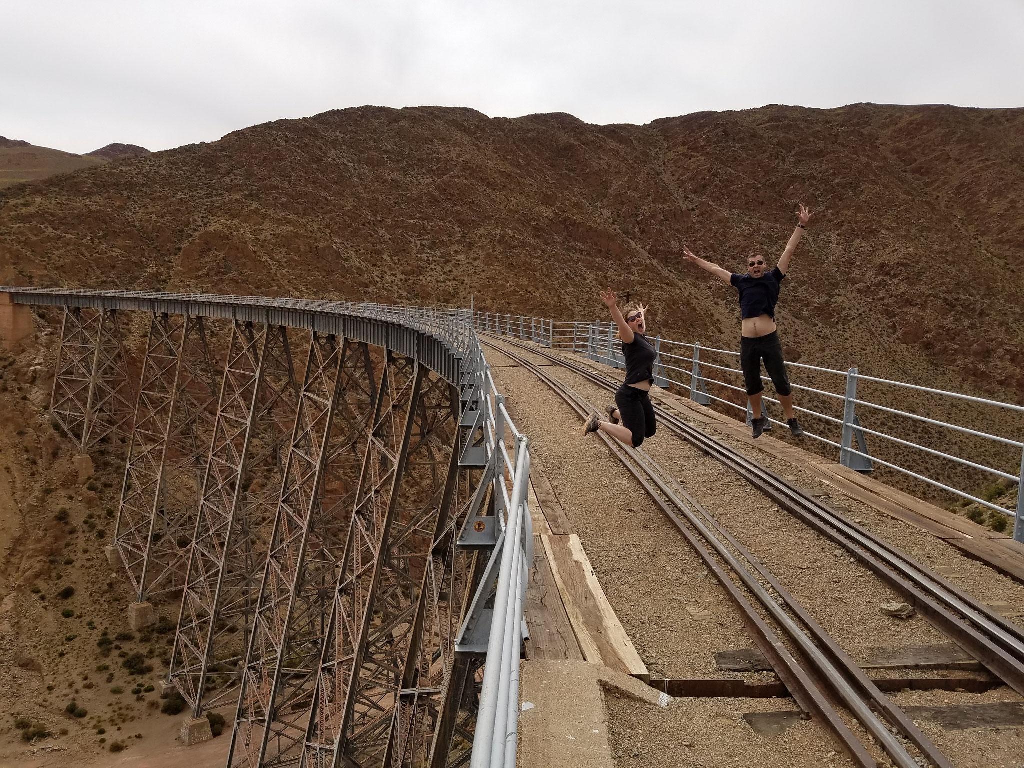 Viaducto la Polvortilla auf 4200 Meter ü.M. (der Zug fährt übrigens nur 2-mal wöchentlich)