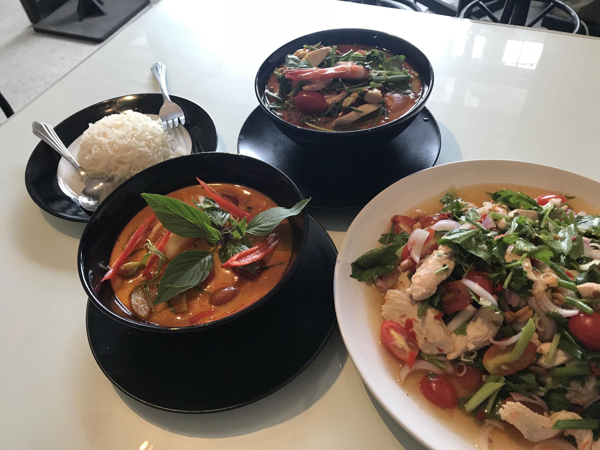 Penang Curry, Tom Yam Gung, Yam Gai