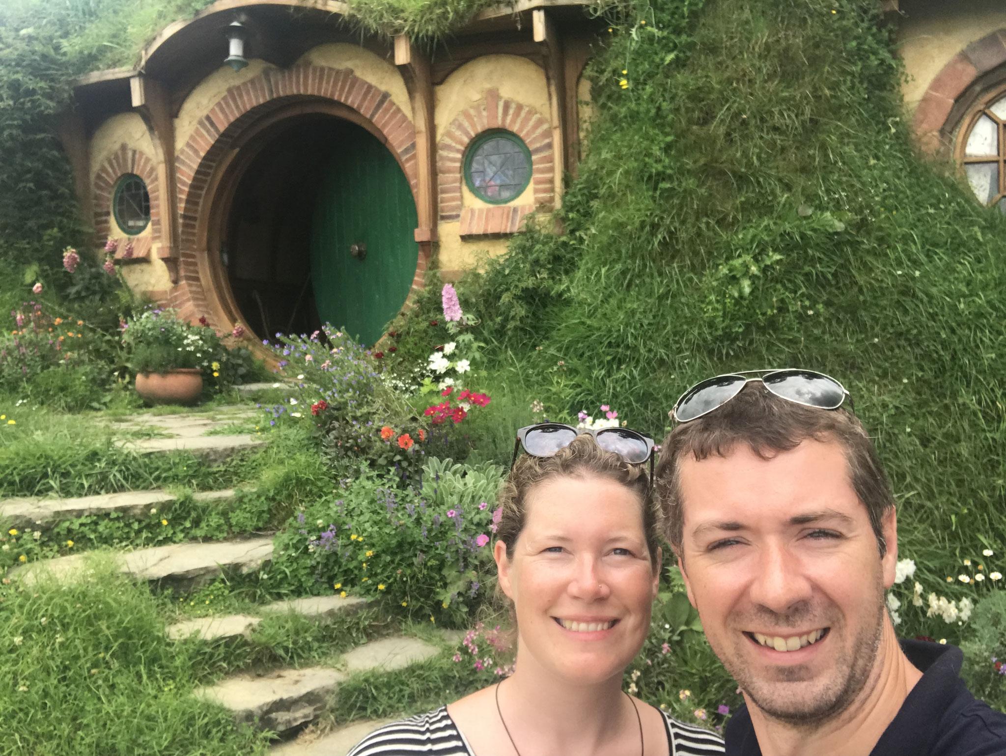 Vor dem Haus von Bilbo...
