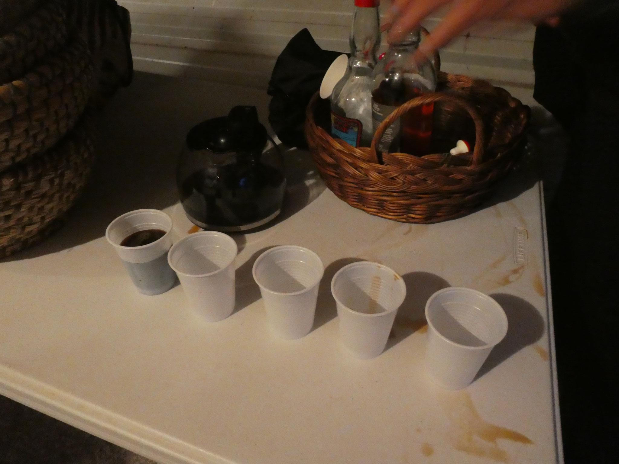 Un café chaud redonne de l'énergie aux pétrisseurs ...