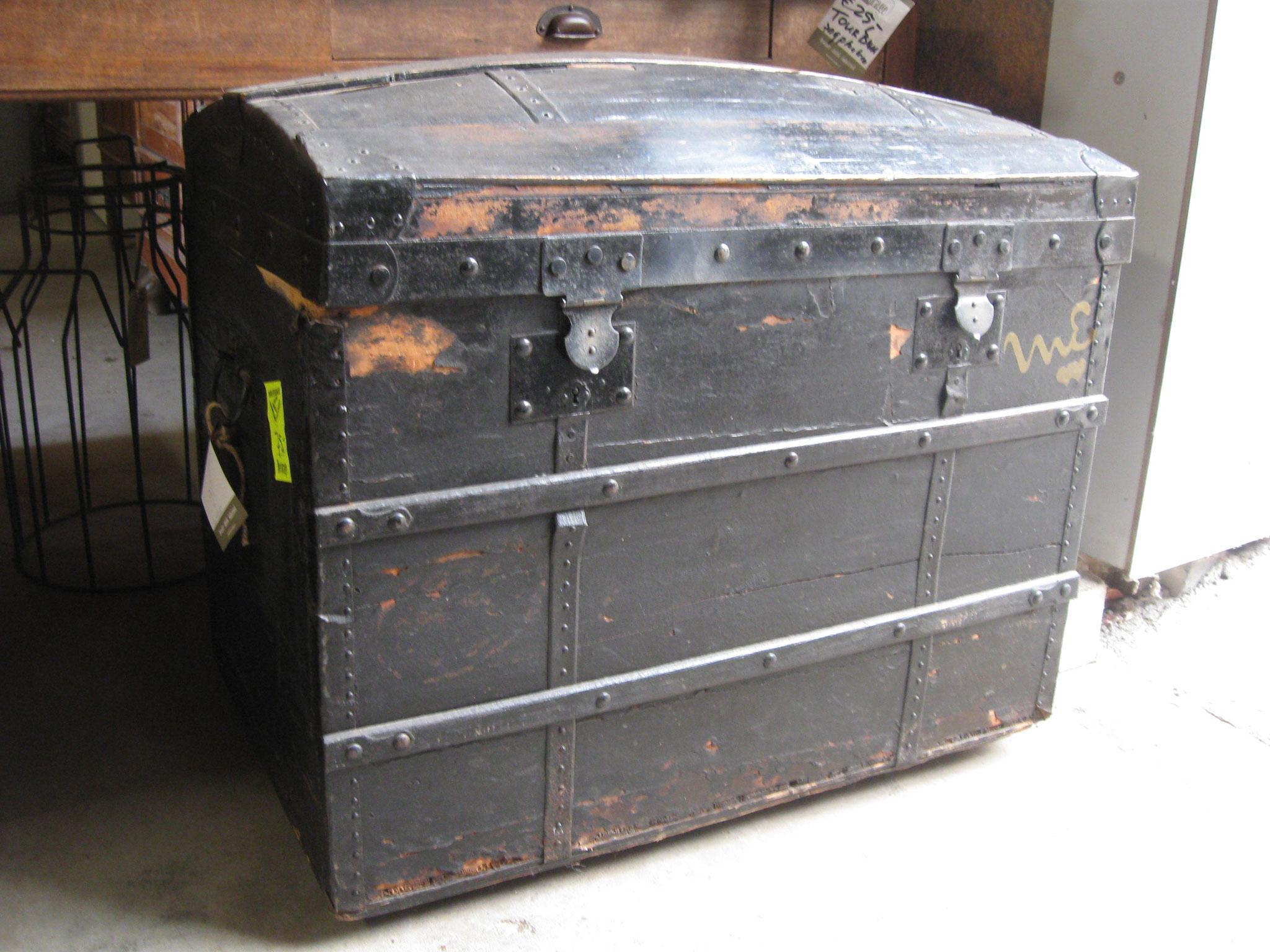 D1600218 Kist op wieltjes  - van € 90,- voor € 75,-
