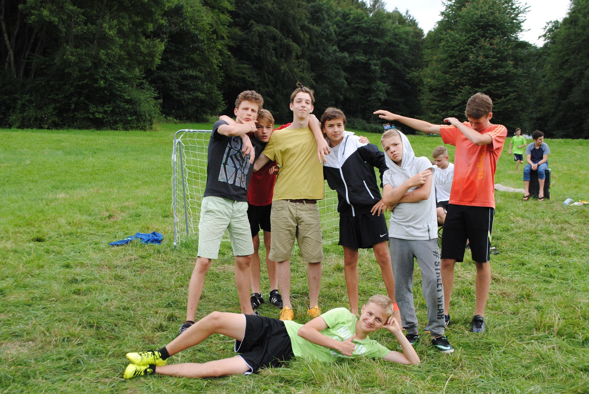 Teamgeist beim Fußballtunier!