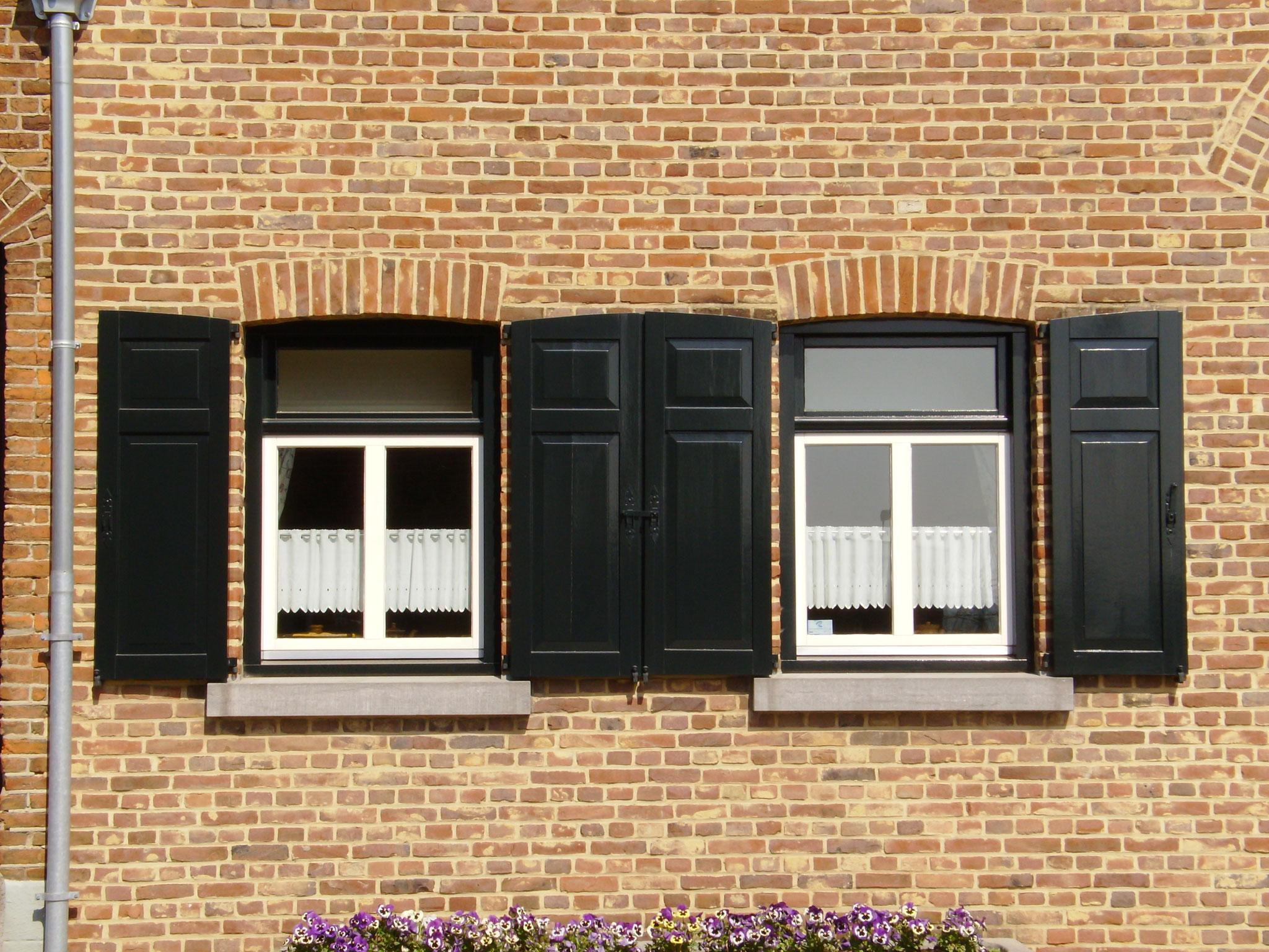 houten ramen en raamluiken in Banholt