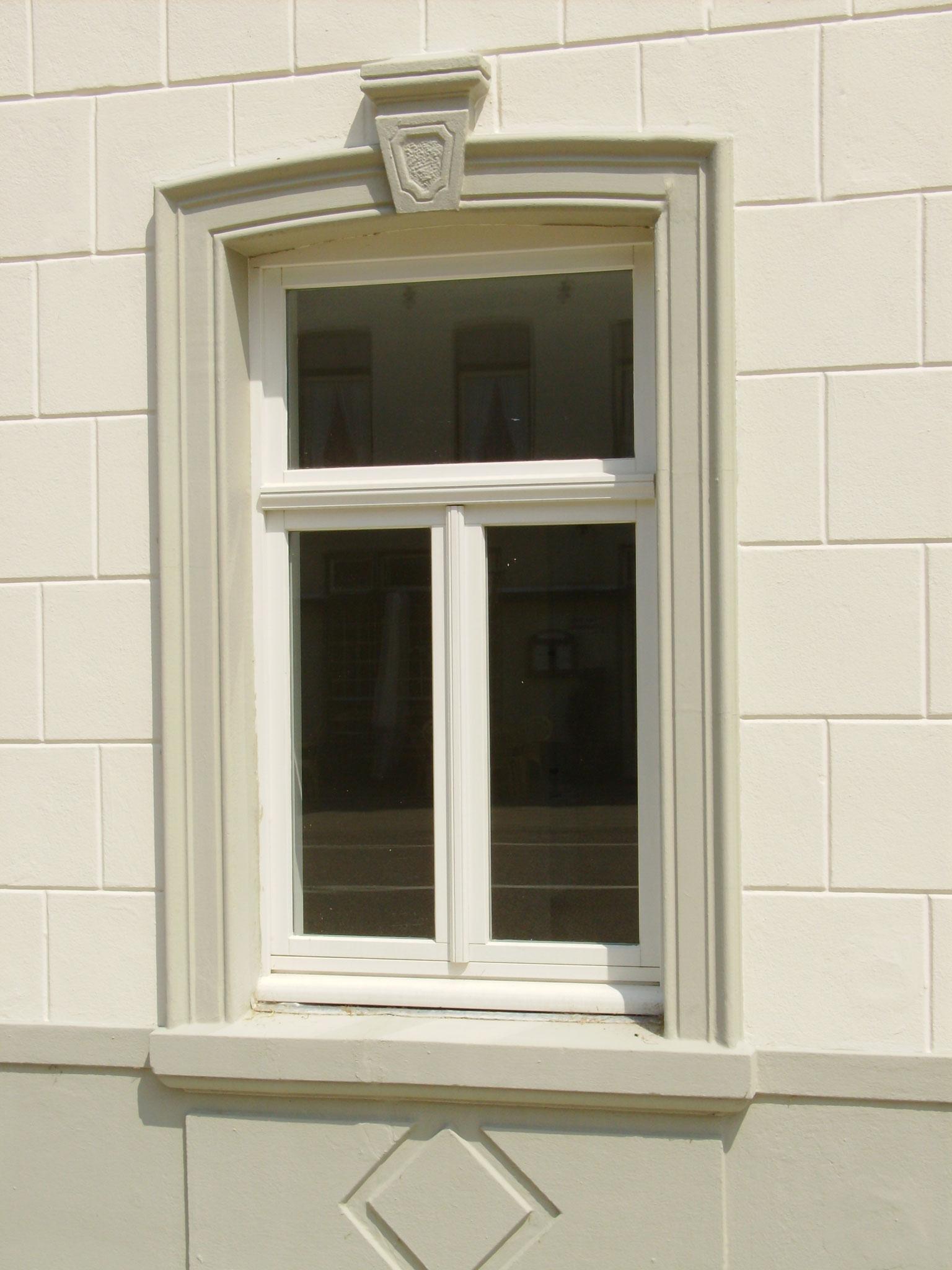 houten raam in Noorbeek