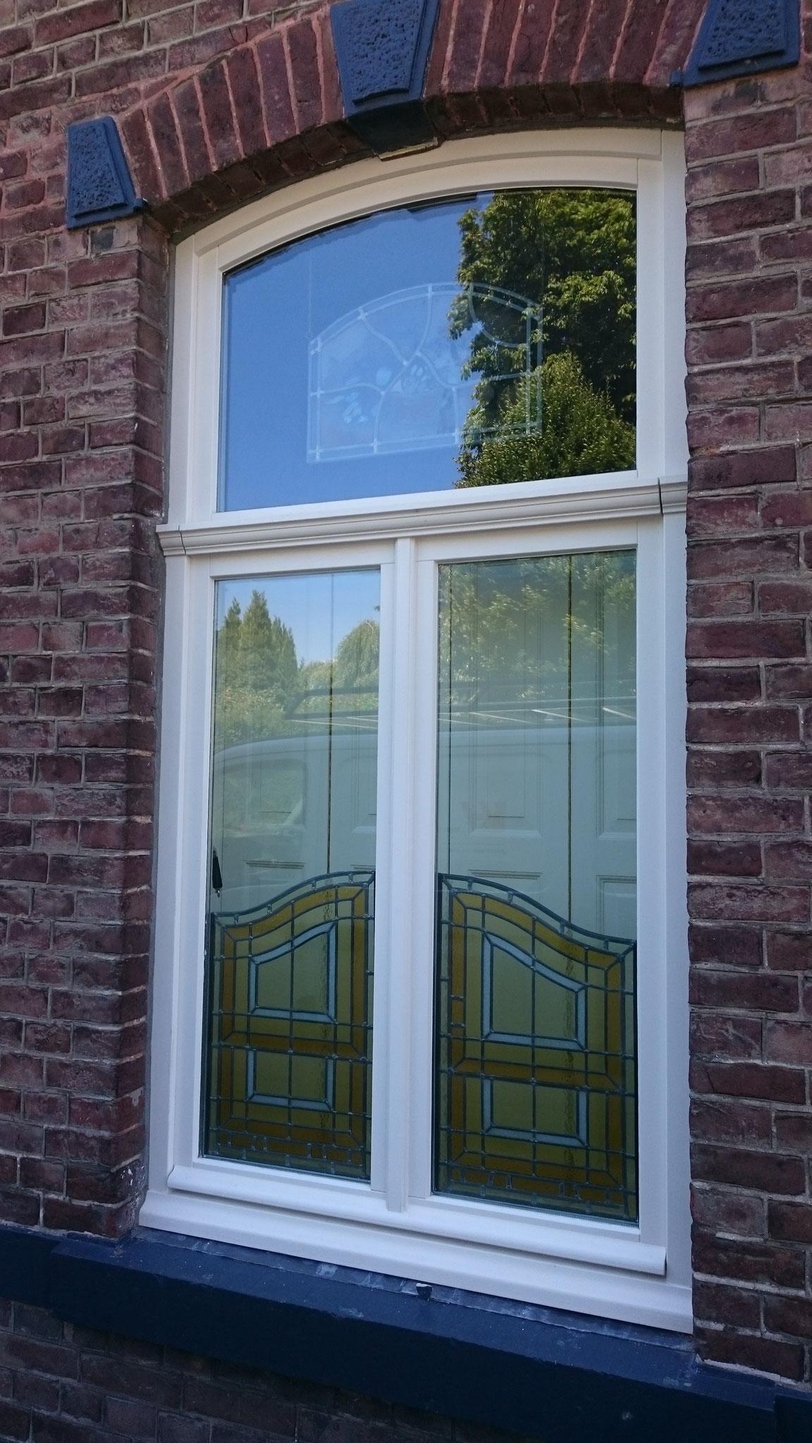 houten raam en raamluiken in Meerssen