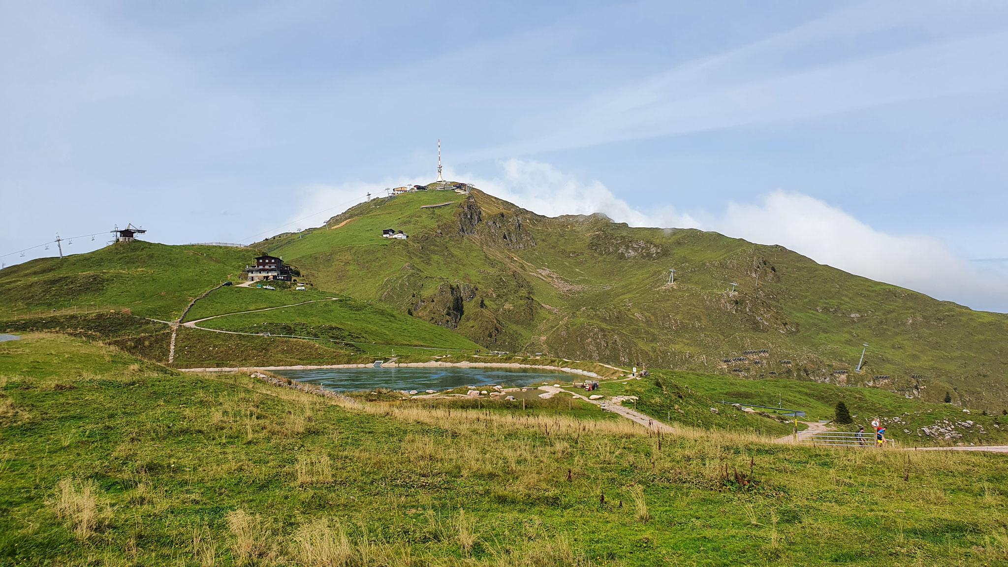 Gebirgssee auf 1.900 Meter