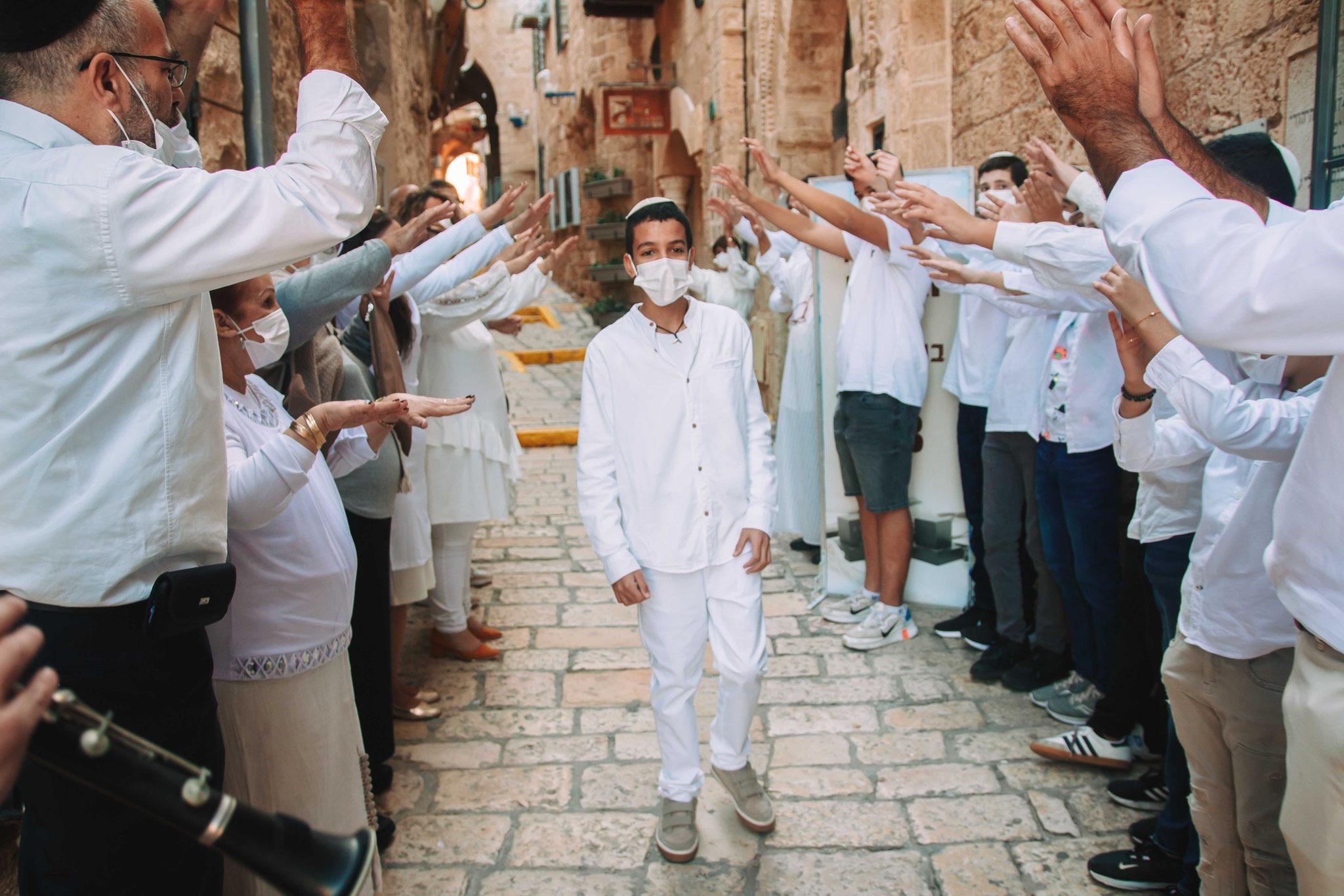 מקבלים את פני החתן