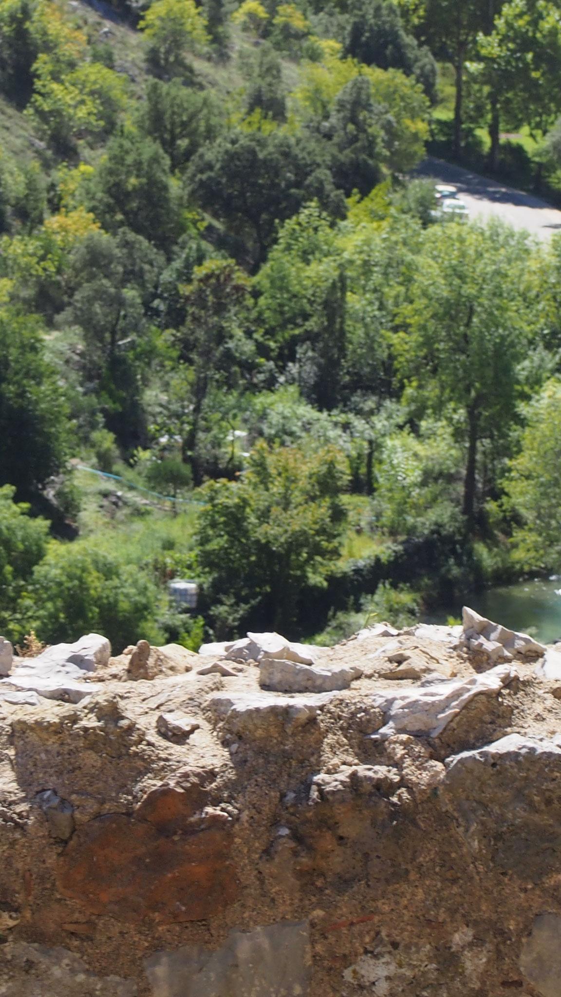 La Buèges, vue depuis la cour haute du château de Baulx