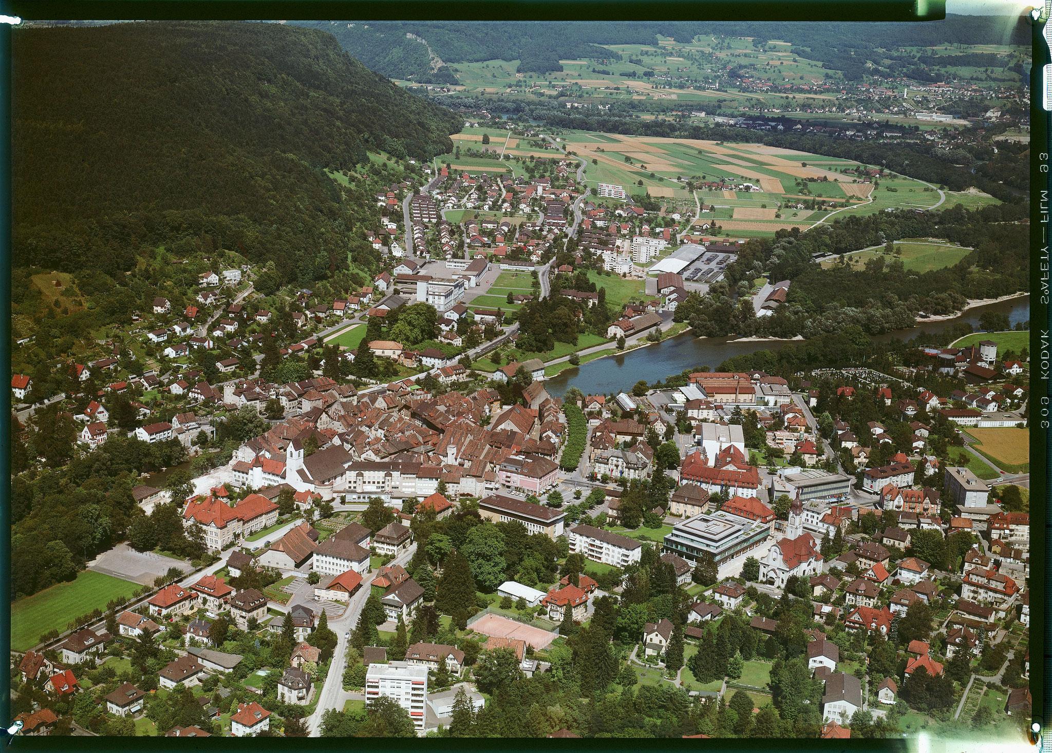 1968 Brugg von Südwest, Blickrichtung Lauffohr (Quelle: luftbilder-der-schweiz.ch)