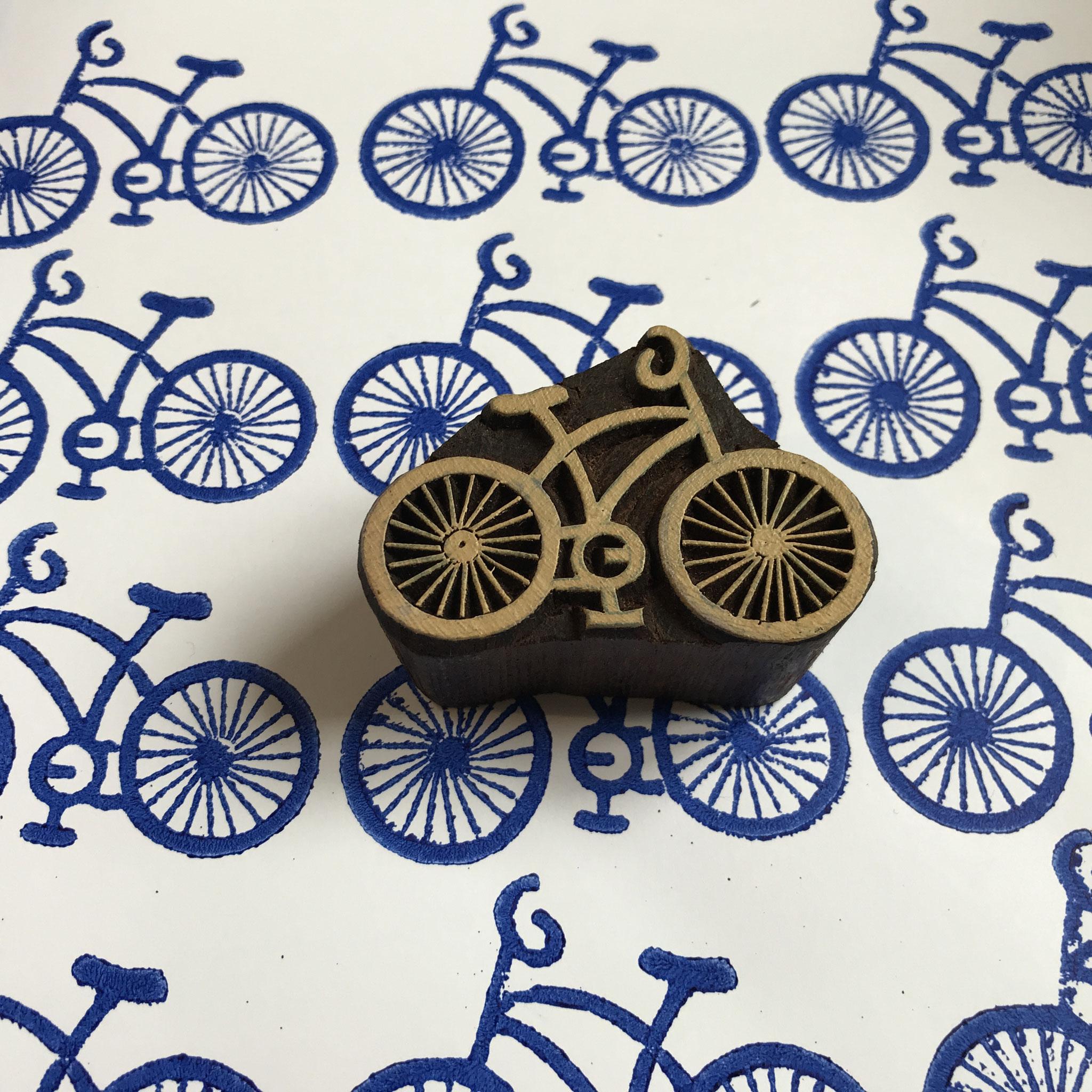 Drucken leicht gemacht mit indischen Holzstempel