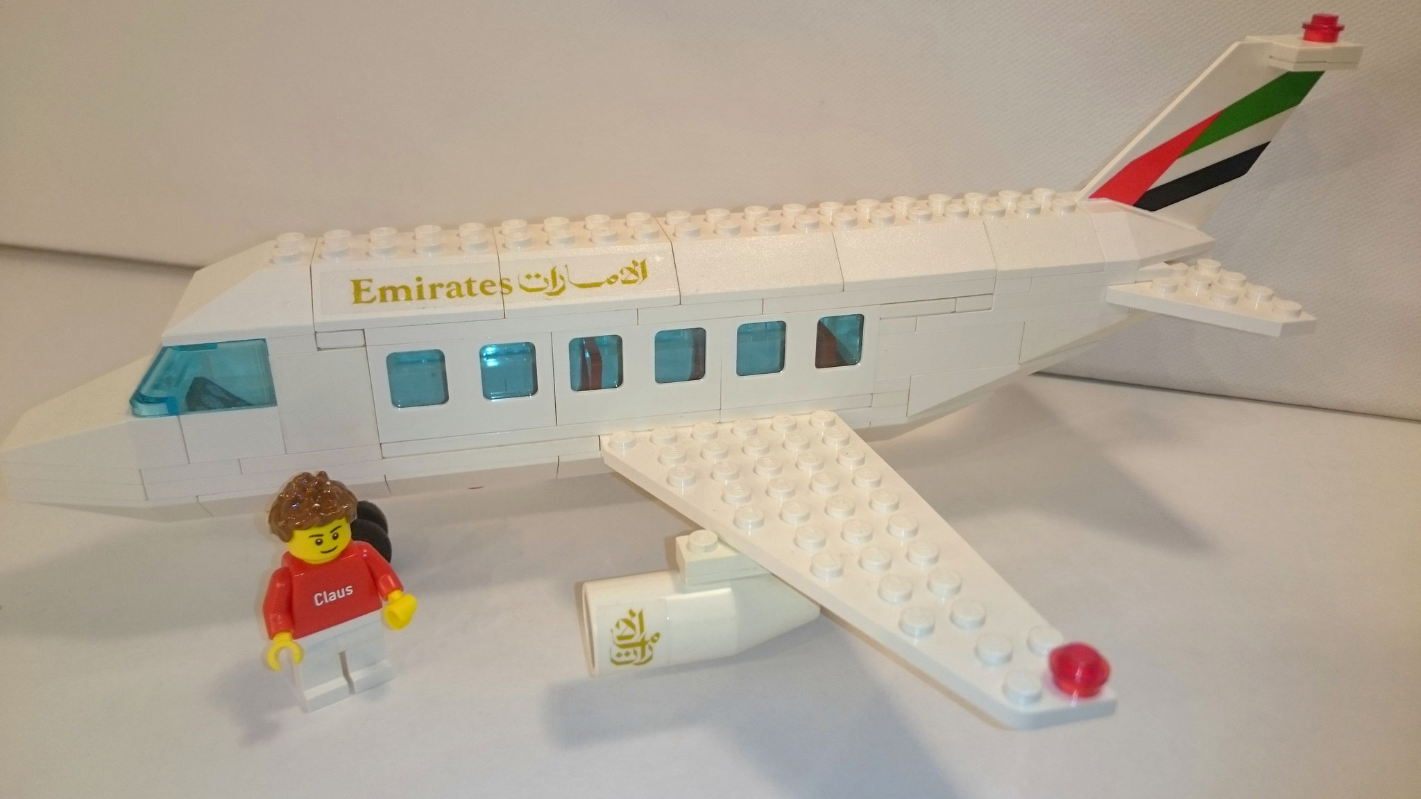 1973 - Emirates Airliner