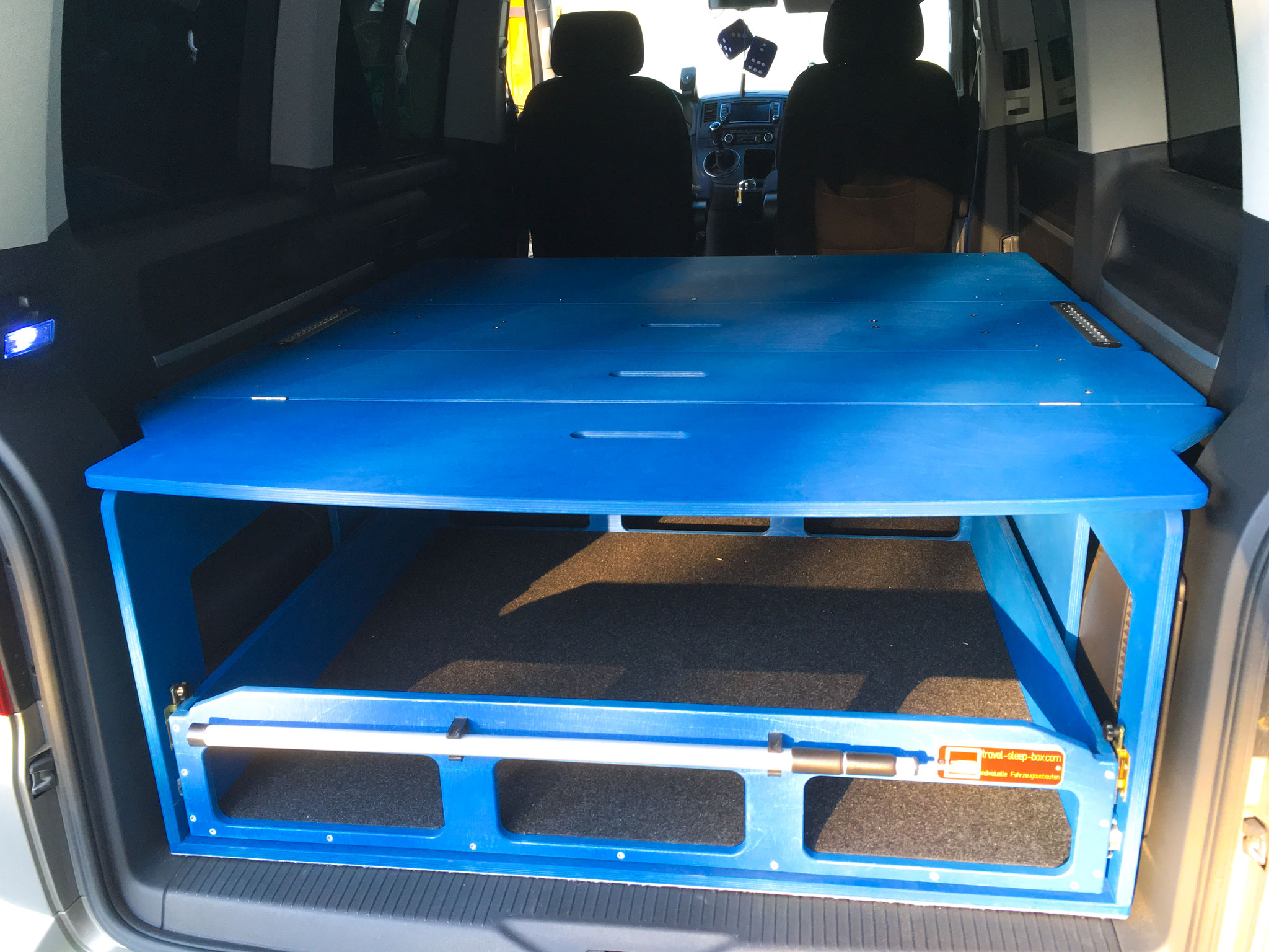 vw t5 t6 multivan california beach travel sleep box. Black Bedroom Furniture Sets. Home Design Ideas