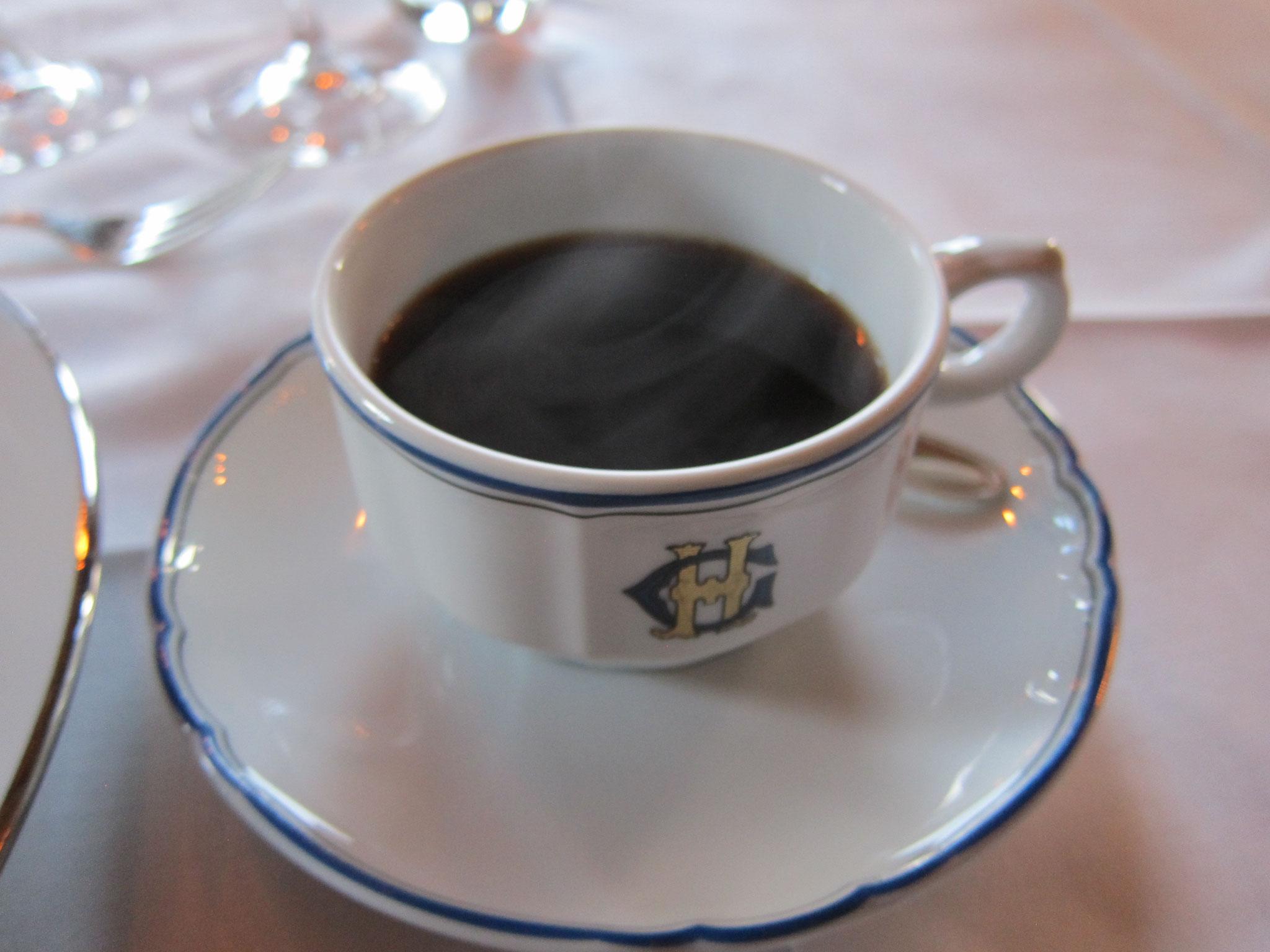 コーヒーも酸味が無くてまろやかです。