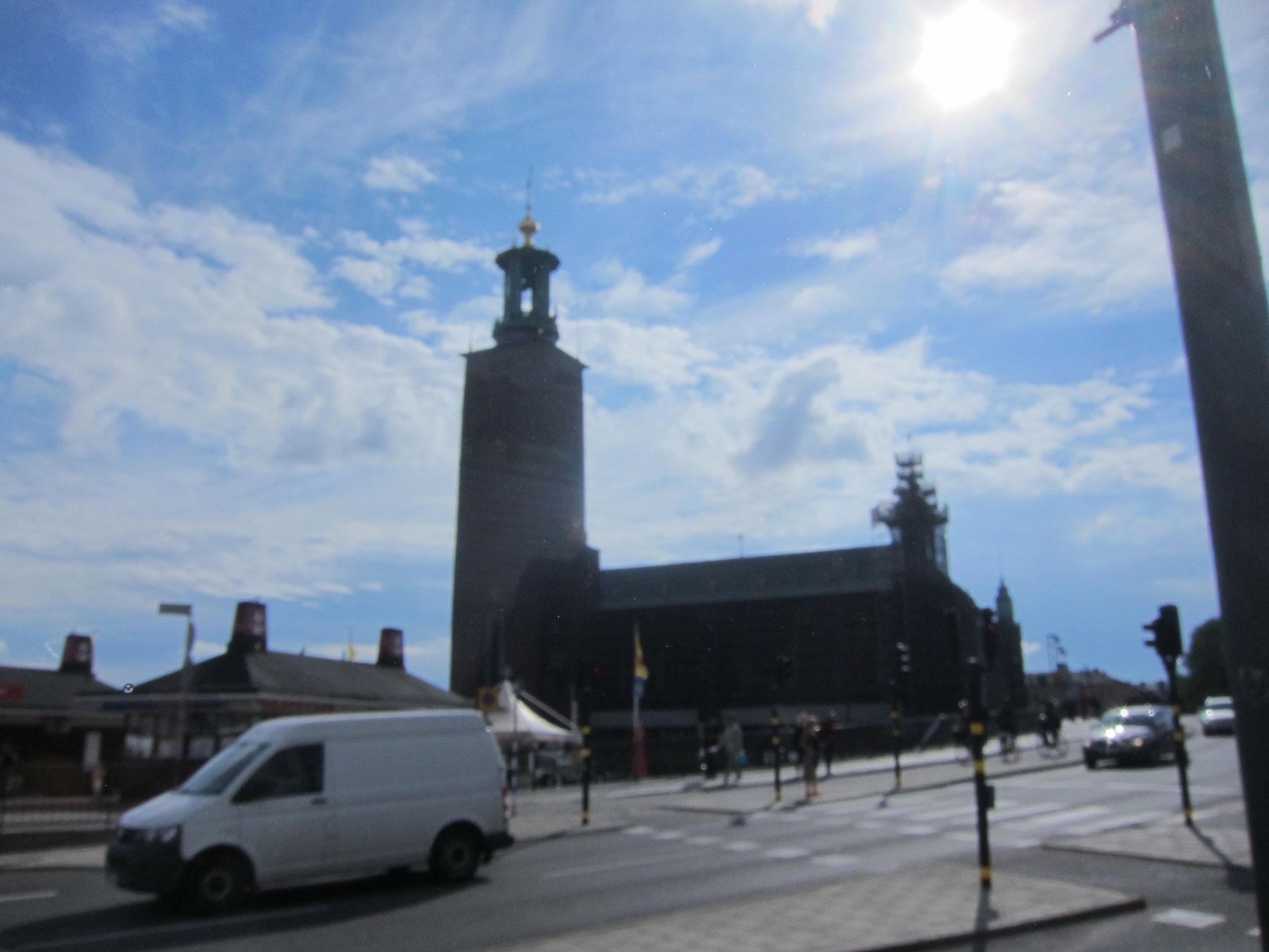 こちらはノーベル賞の授賞式が行われるストックホルム市庁舎