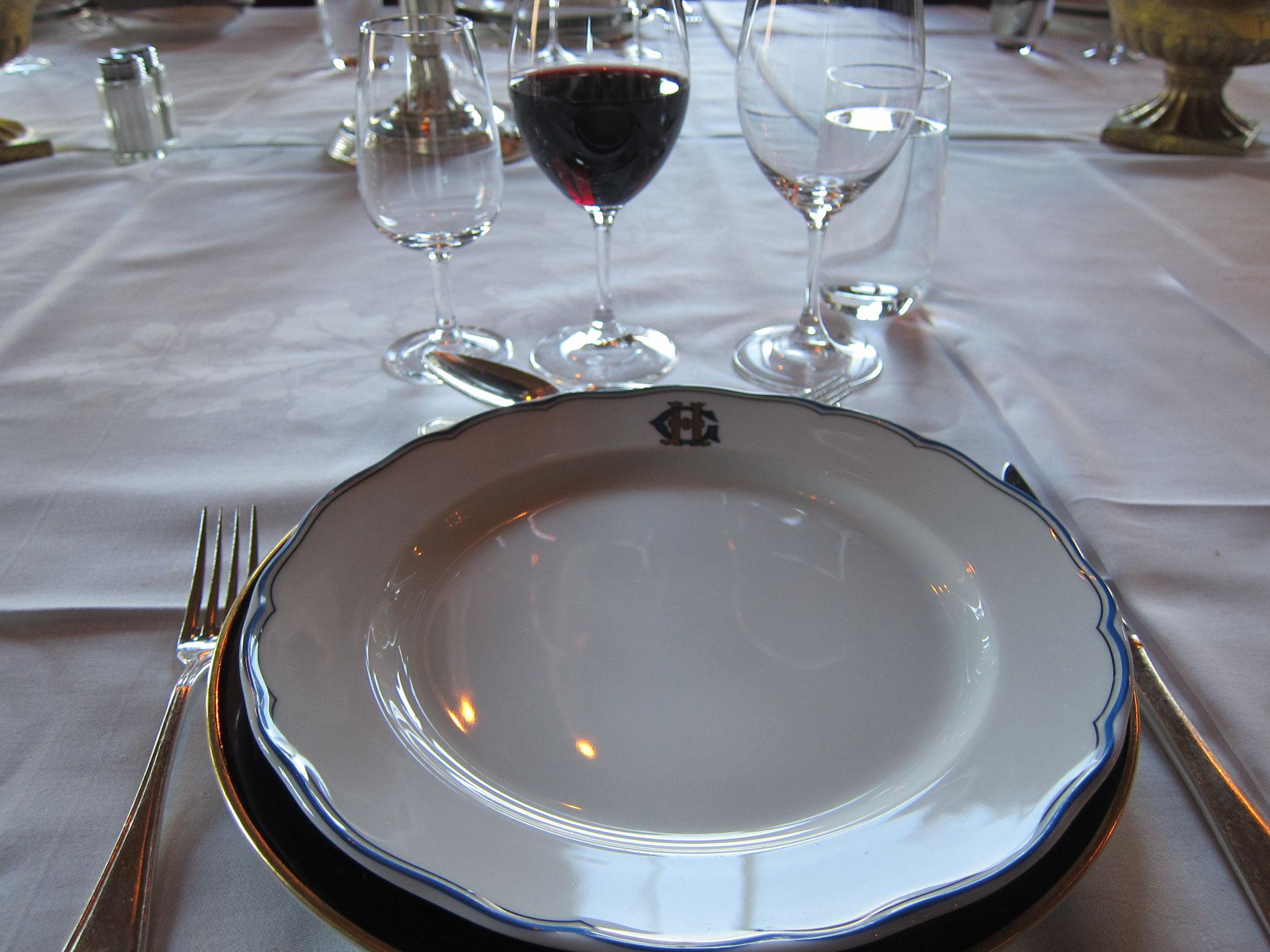 さて白に次いで2種類目の赤ワイン