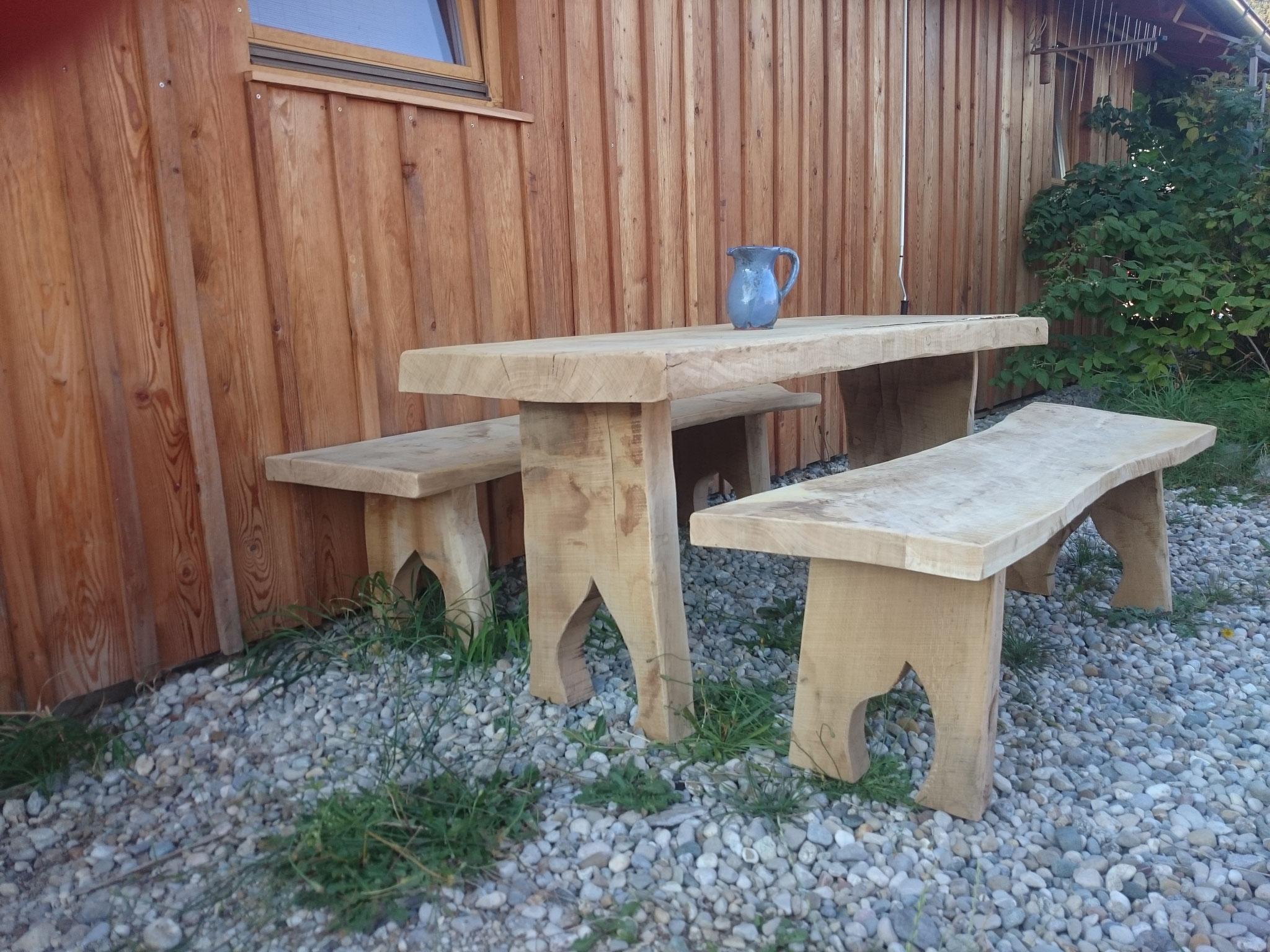 Gartentisch Garnitur mit Sitzbänke