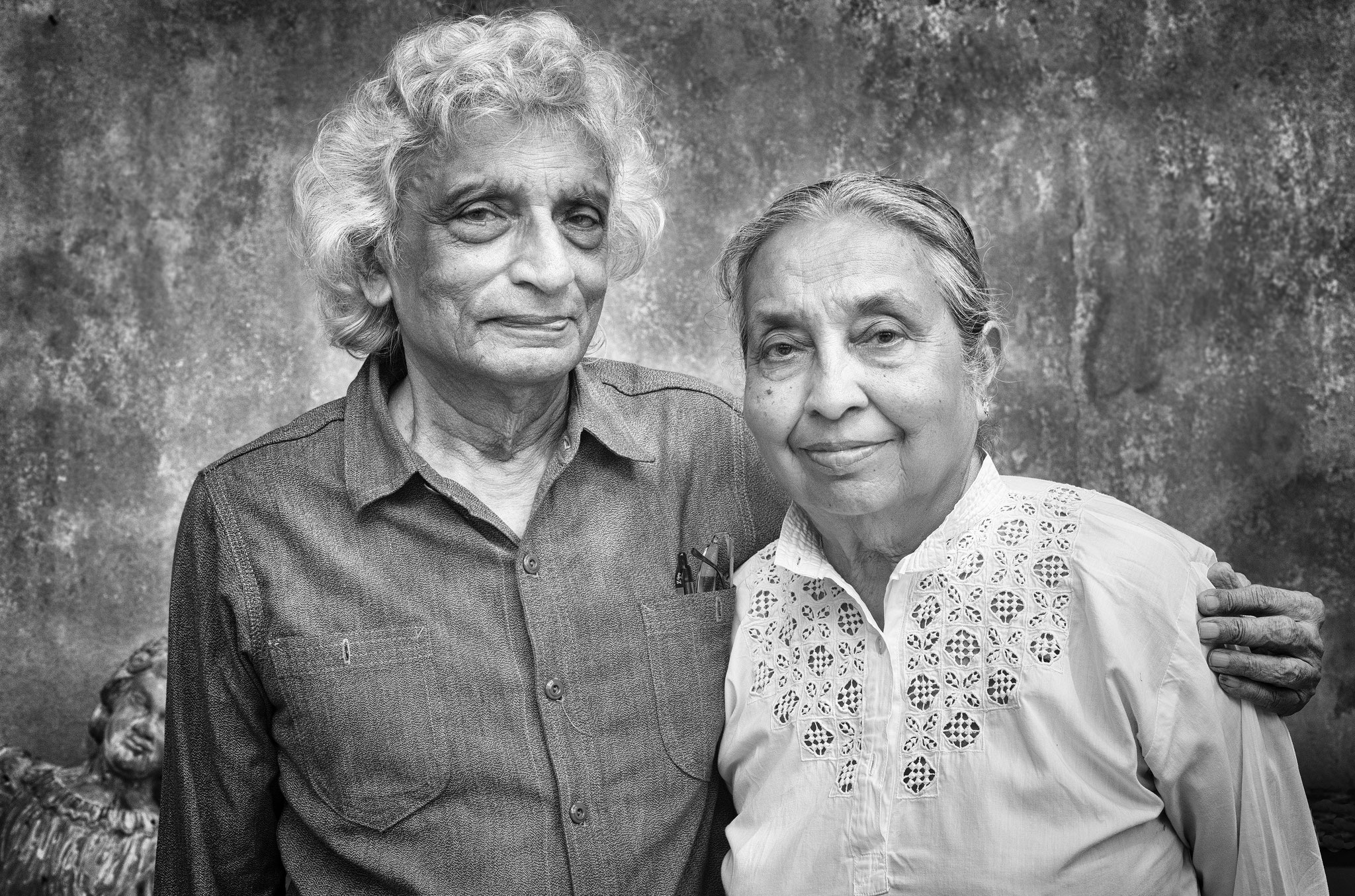 Mr and Mrs Gananath Obeyesekere, Professor of Anthropology at Princeton University, (Colombo 2014)