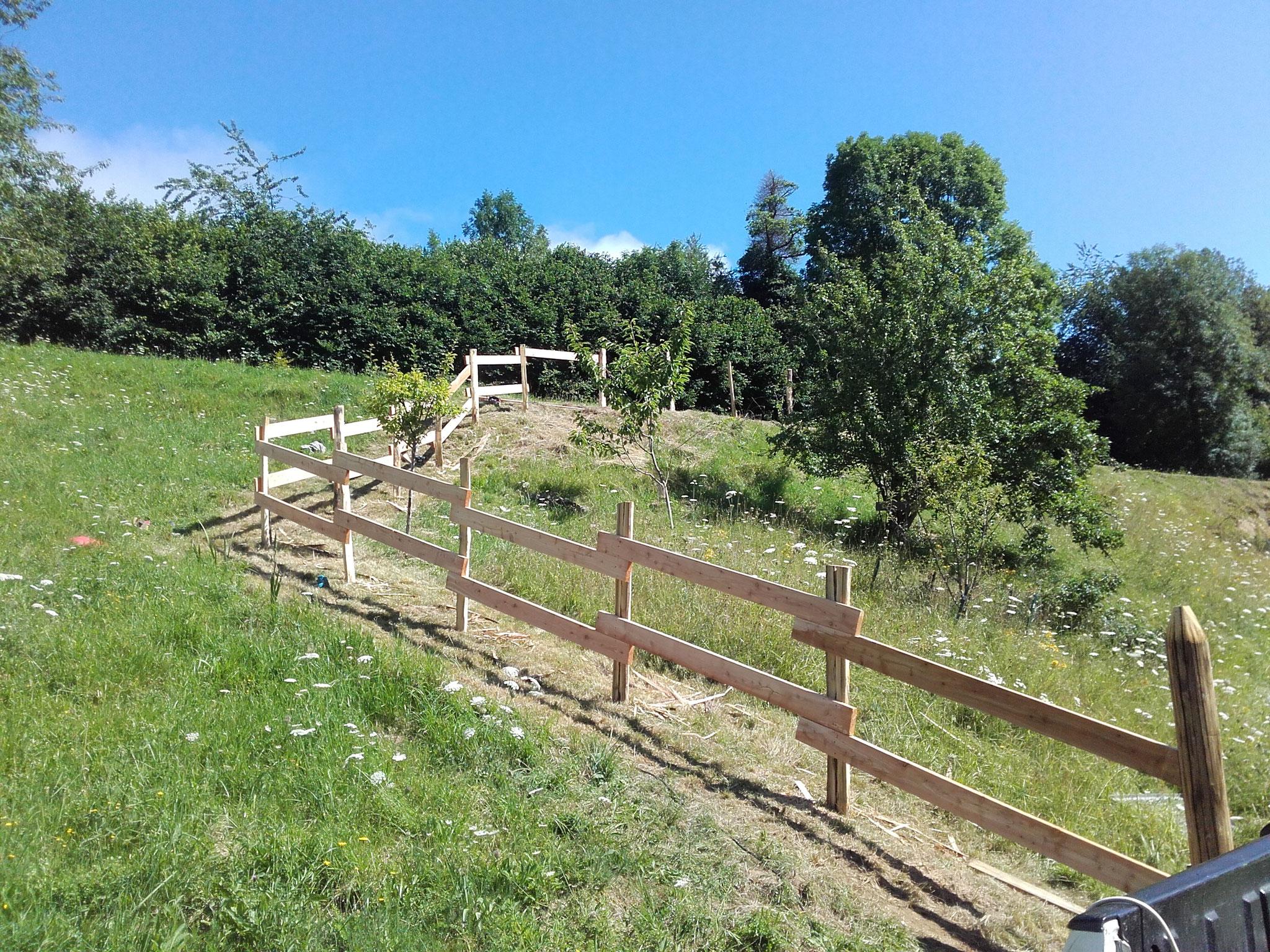Pose de clôtures, barrières d'agrément ou de sécurité