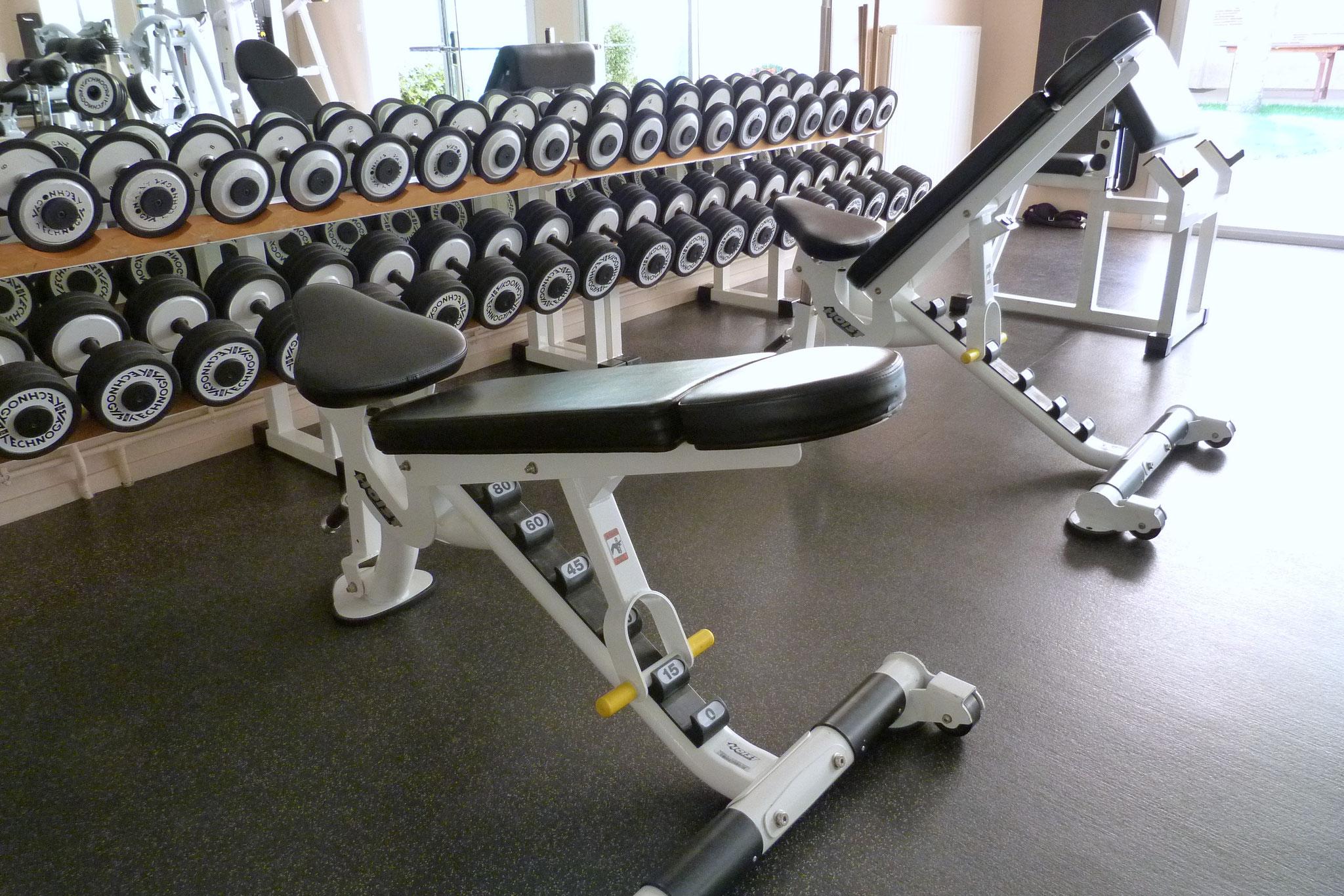 Centre Wellness Bergerac, un entraînement avec des poids libres en toute sécurité