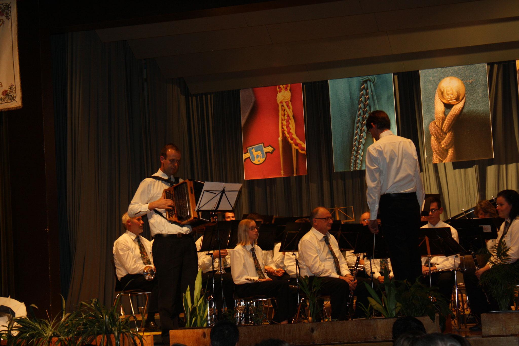 Thomas mit seiner Steirischen Harmonika...