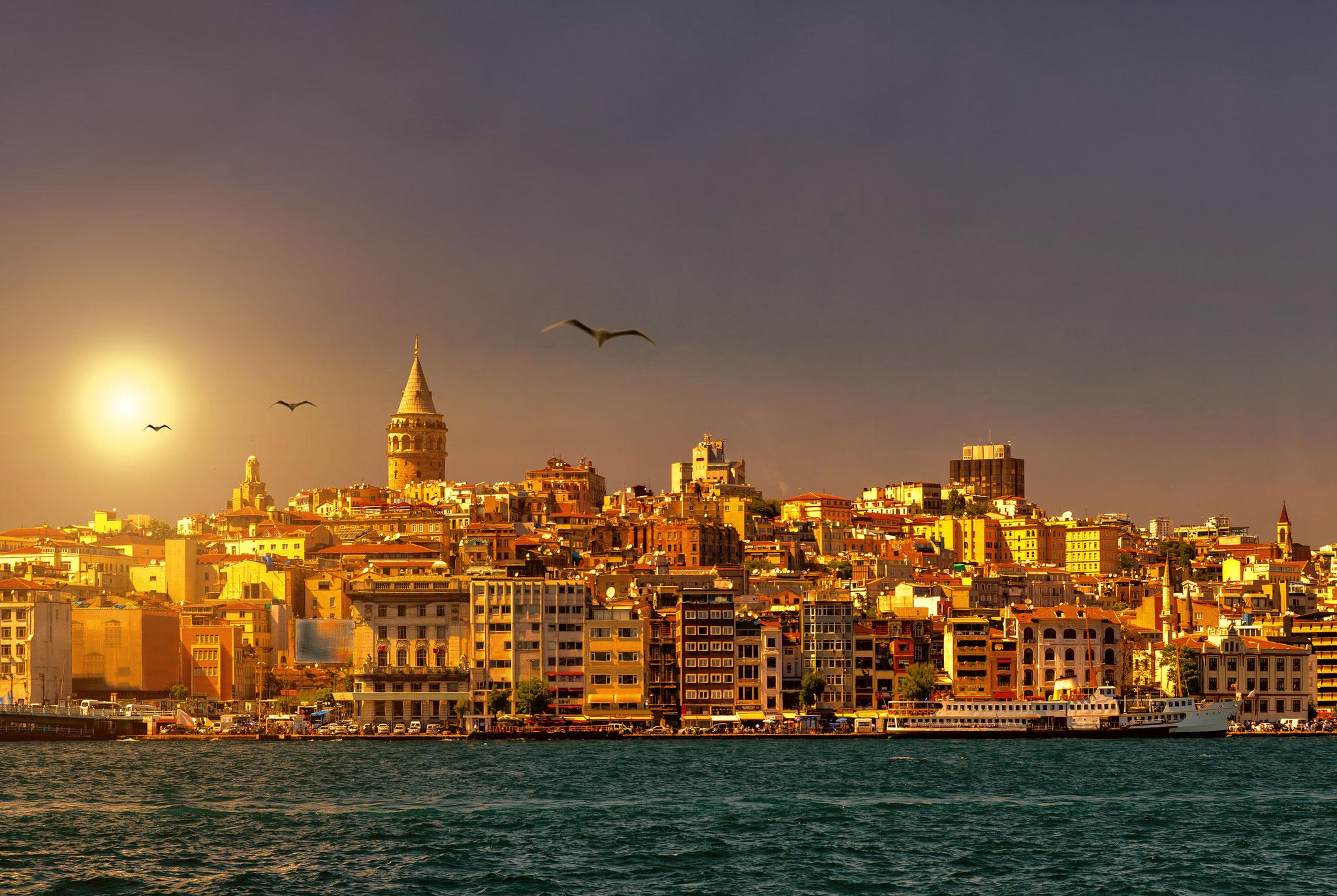 Istanbul Blick zur Neustadt am Goldenen Horn