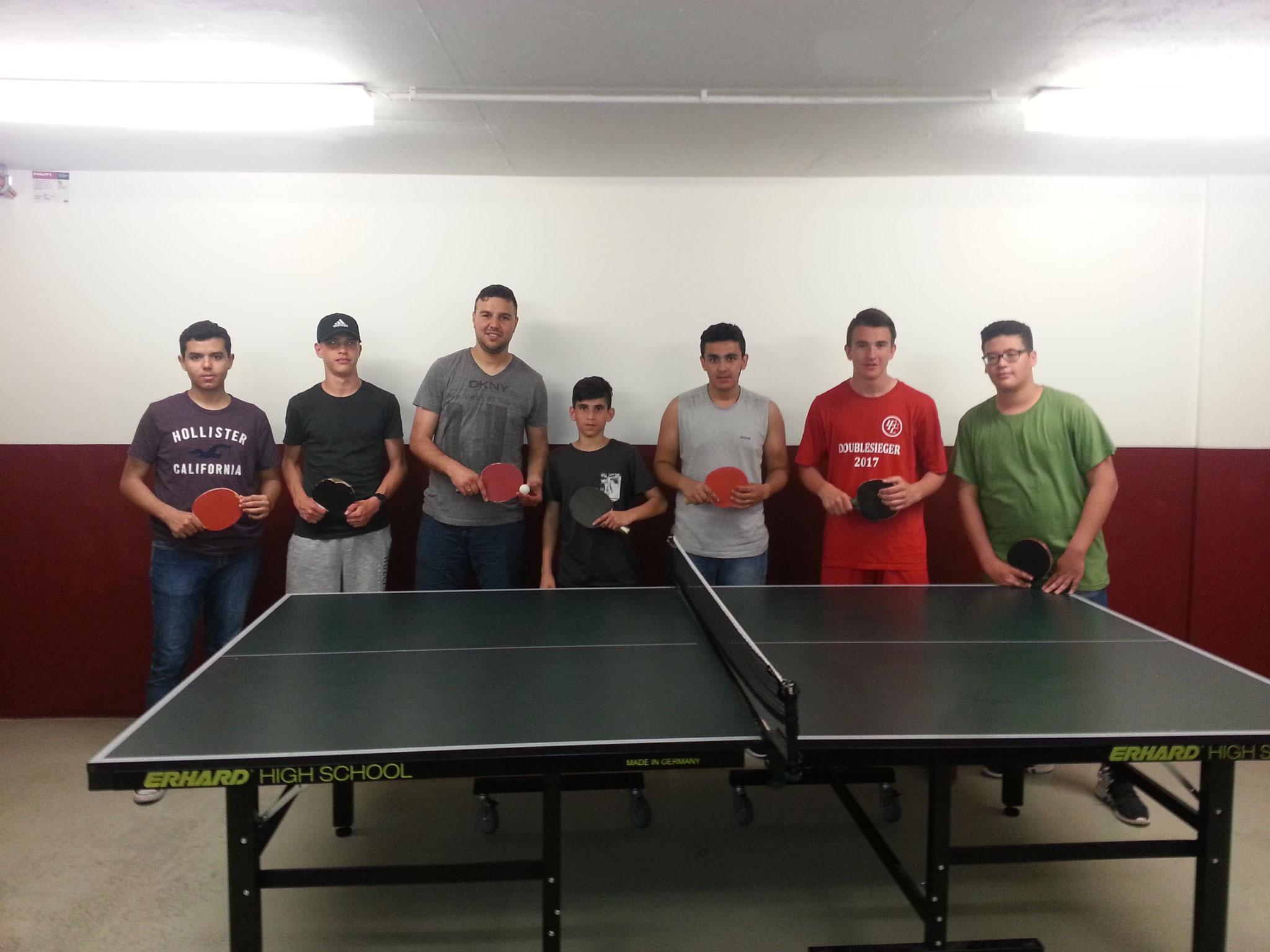 Tischtennis Action mit Herrn Bouilagman