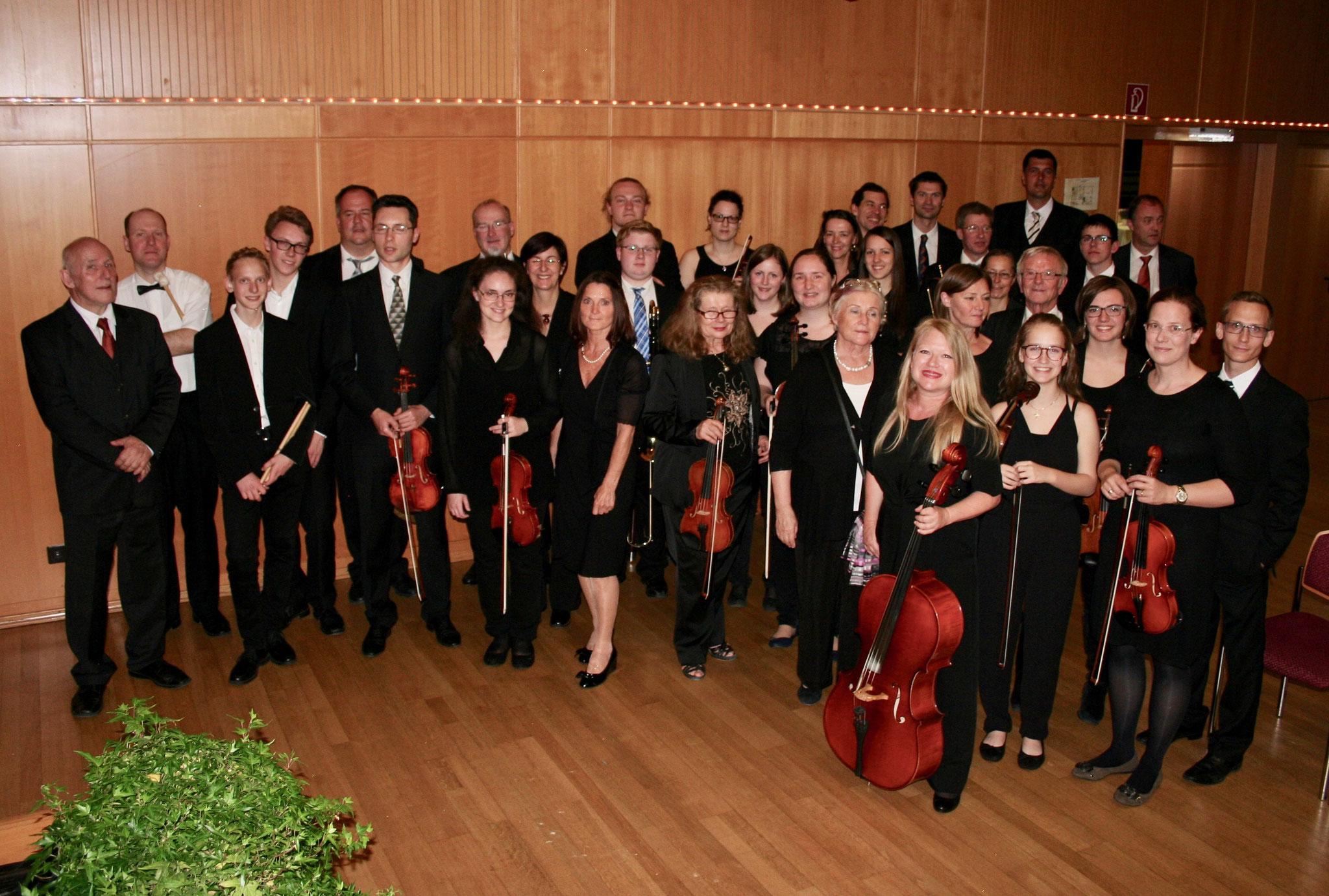 Das Orchester kurz vor dem Auftritt