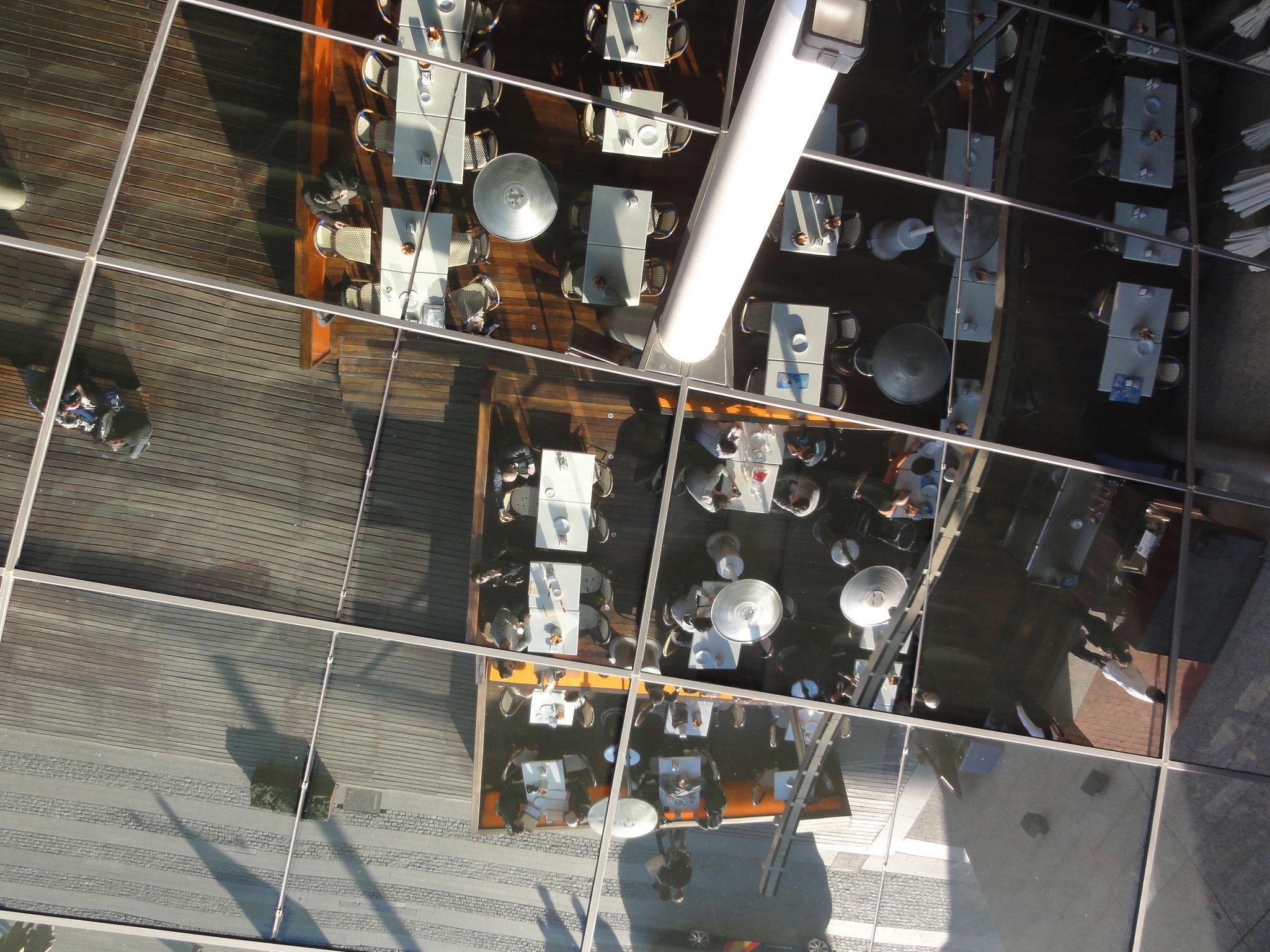 Le miroir du centre commercial Maremagnum