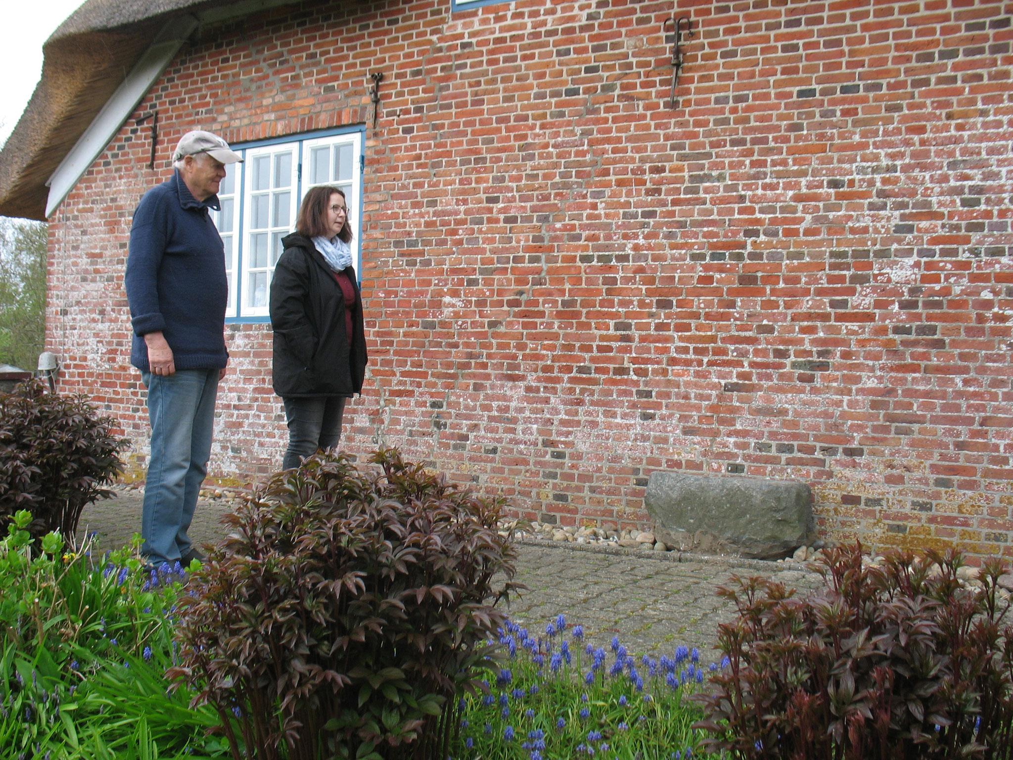 Hans Werner Paulsen stellt uns diesen Granitblock zur Verfügung.